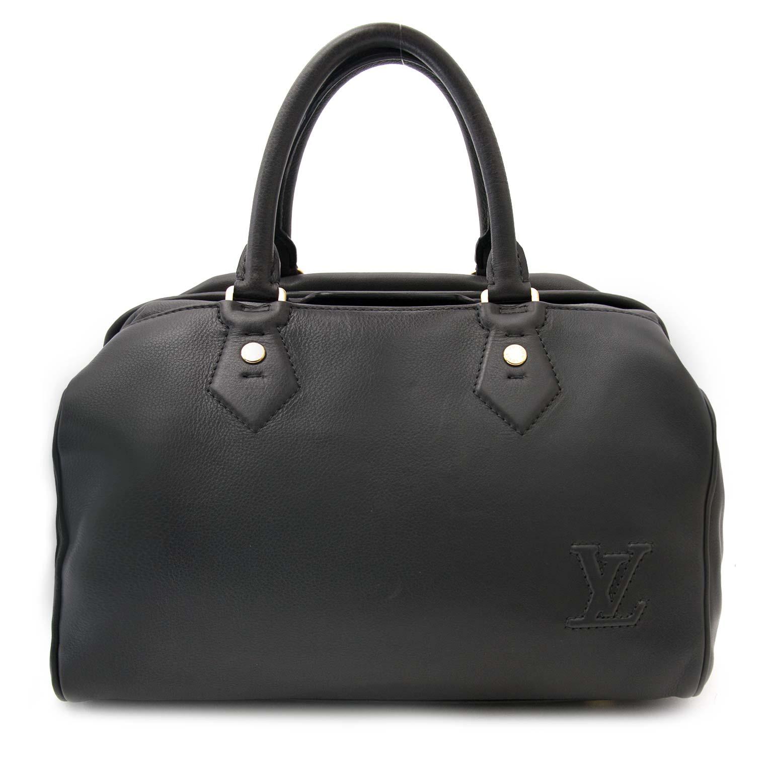 koop veilig online tegen de beste pris Louis Vuitton Limited Edition Grey