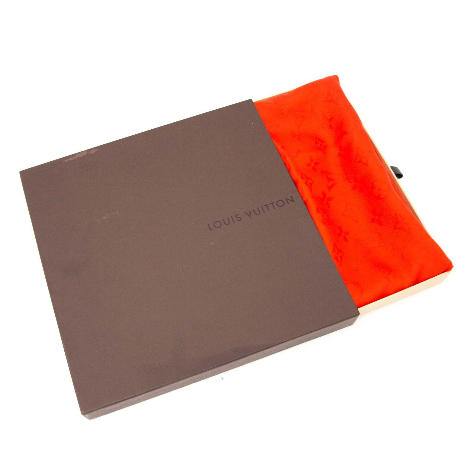 Orient Orange Scarf Monogram de Louis Vuitton