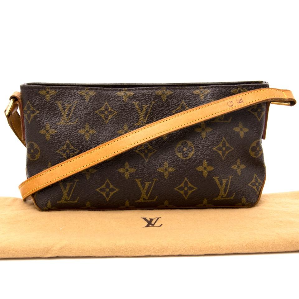 5cc2b660128c ... koop veilig online aan de beste prijs jou tweedehands Louis Vuitton  Trotteur Monogram