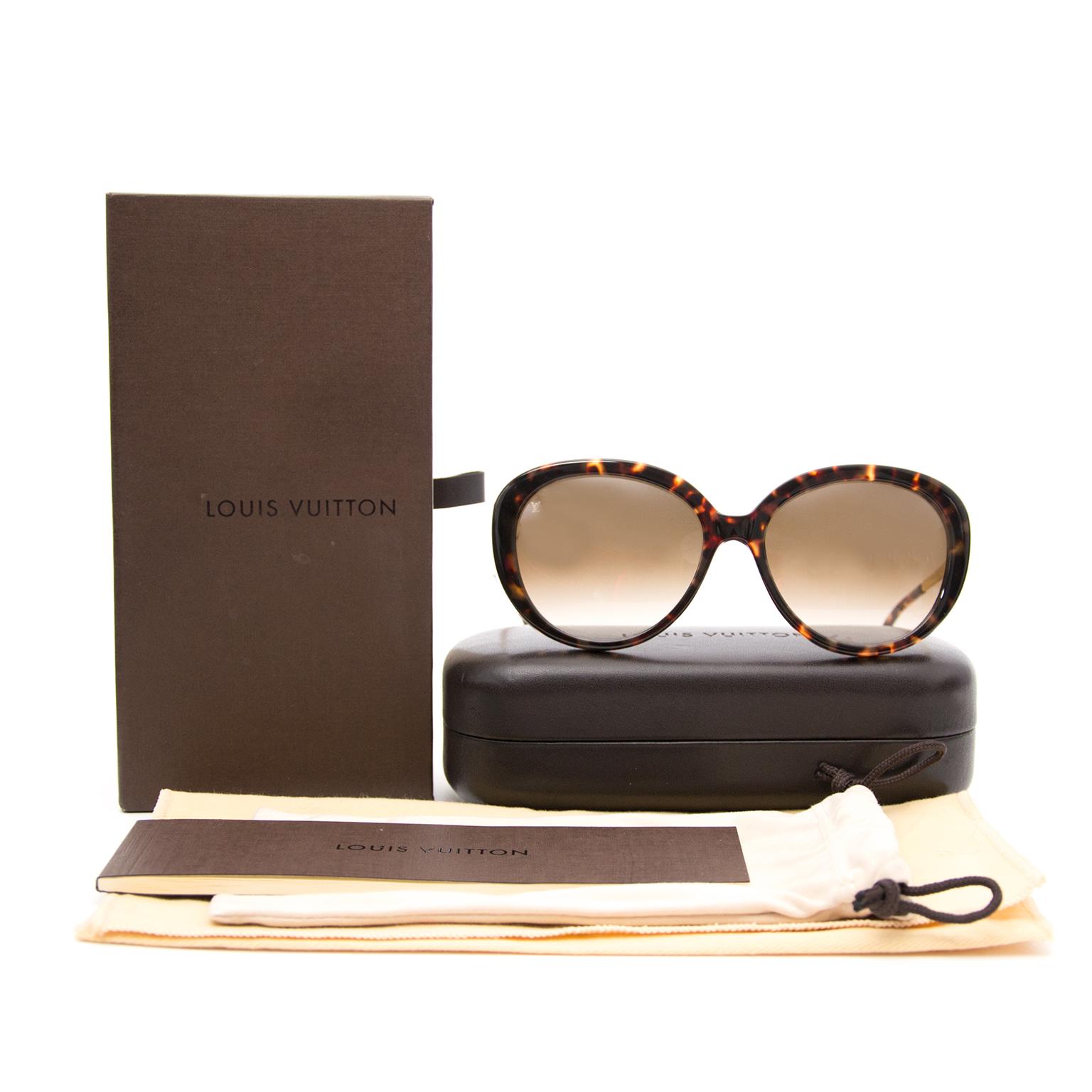 Acheter en ligne chez labellov.com pour le meilleur prix louis vuitton sunglasses.