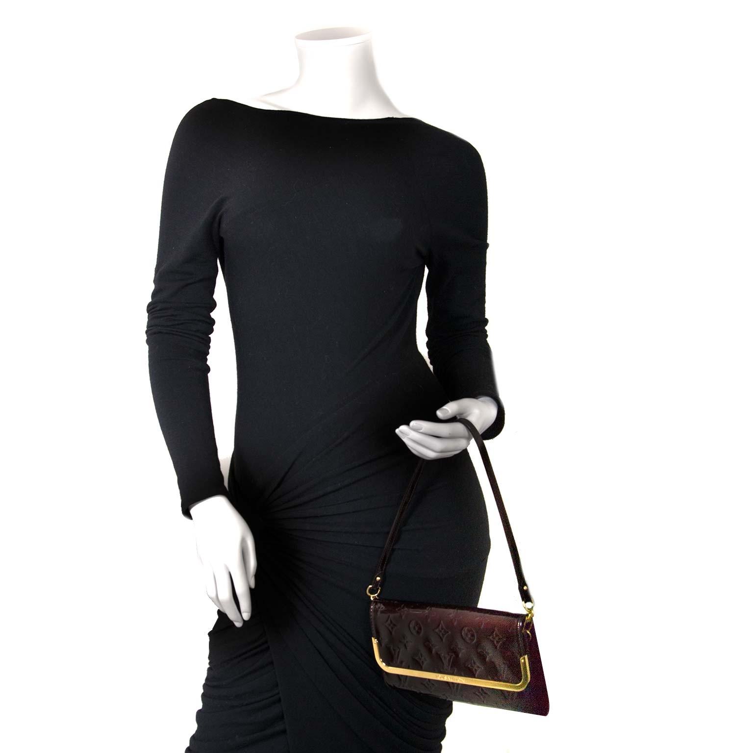 buy authentic second hand Louis Vuitton Rossmore Amarante Monogram Vernis at labellov vintage online store antwerp
