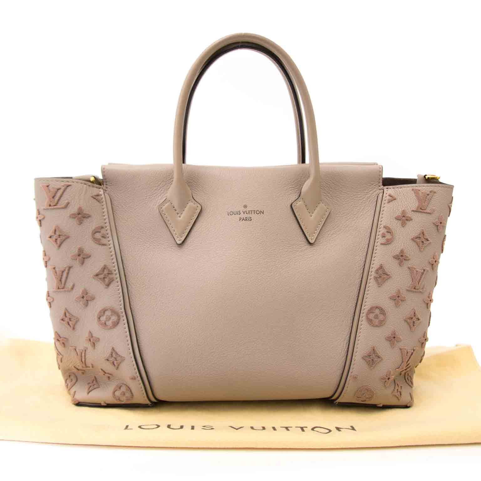 searching for the perfect christmas gift Louis Vuitton Veau Cachemire Tote W PM Galet