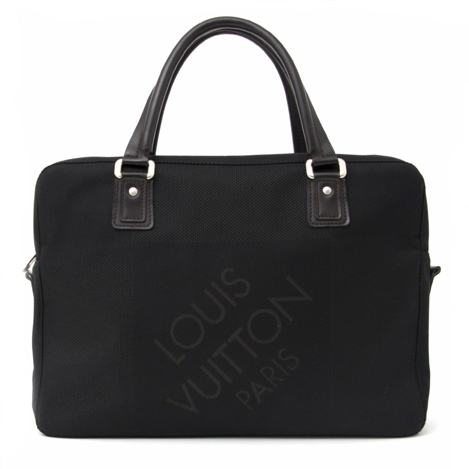 f6bec4ef35b ... koop veilig online aan de beste prijs nieuwe Louis Vuitton Paris  webshop en showroom Antwerpen
