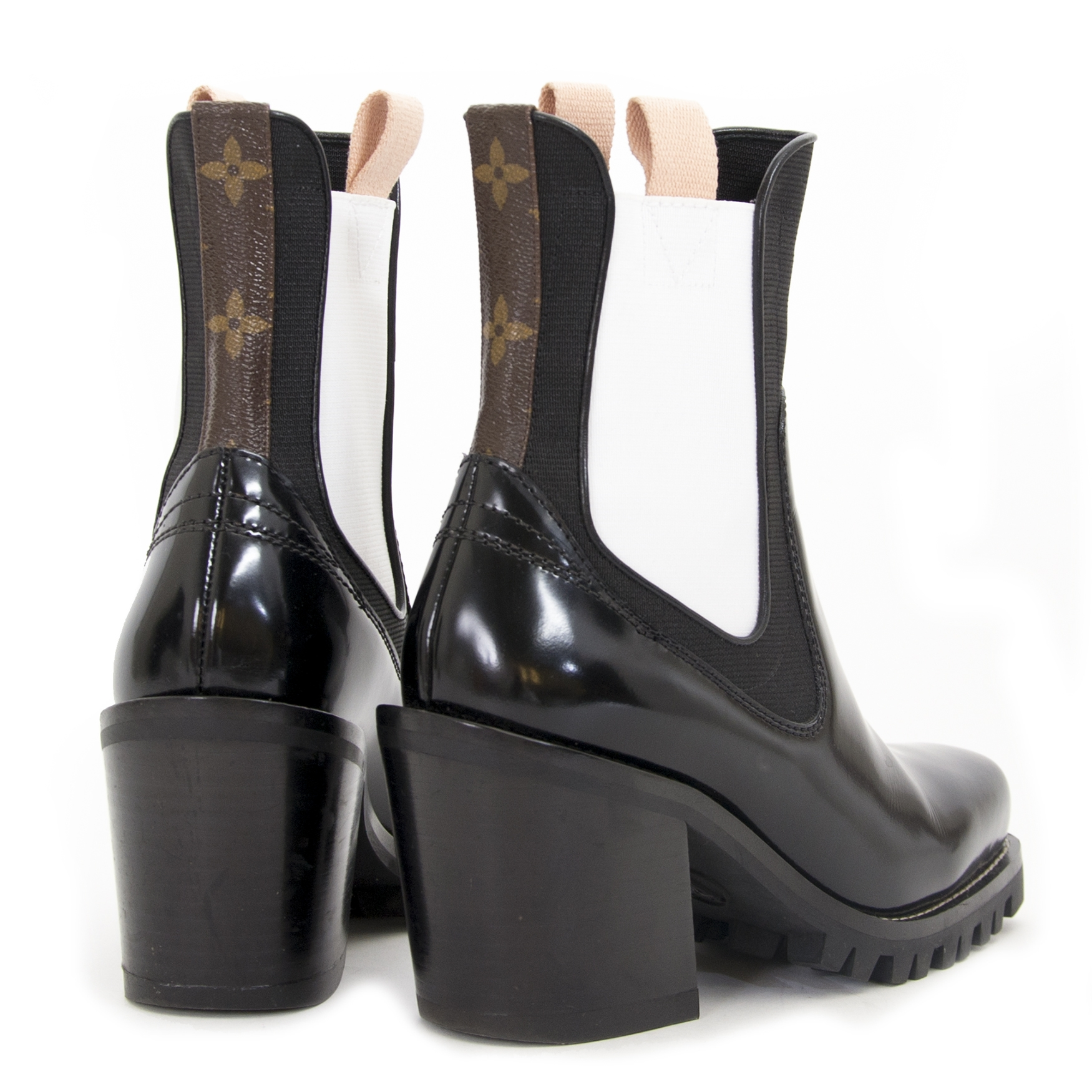 33dd815ee1a9 ... at Labellov Luxury in Antwerp Louis Vuitton Limitless Ankle Boots te  koop