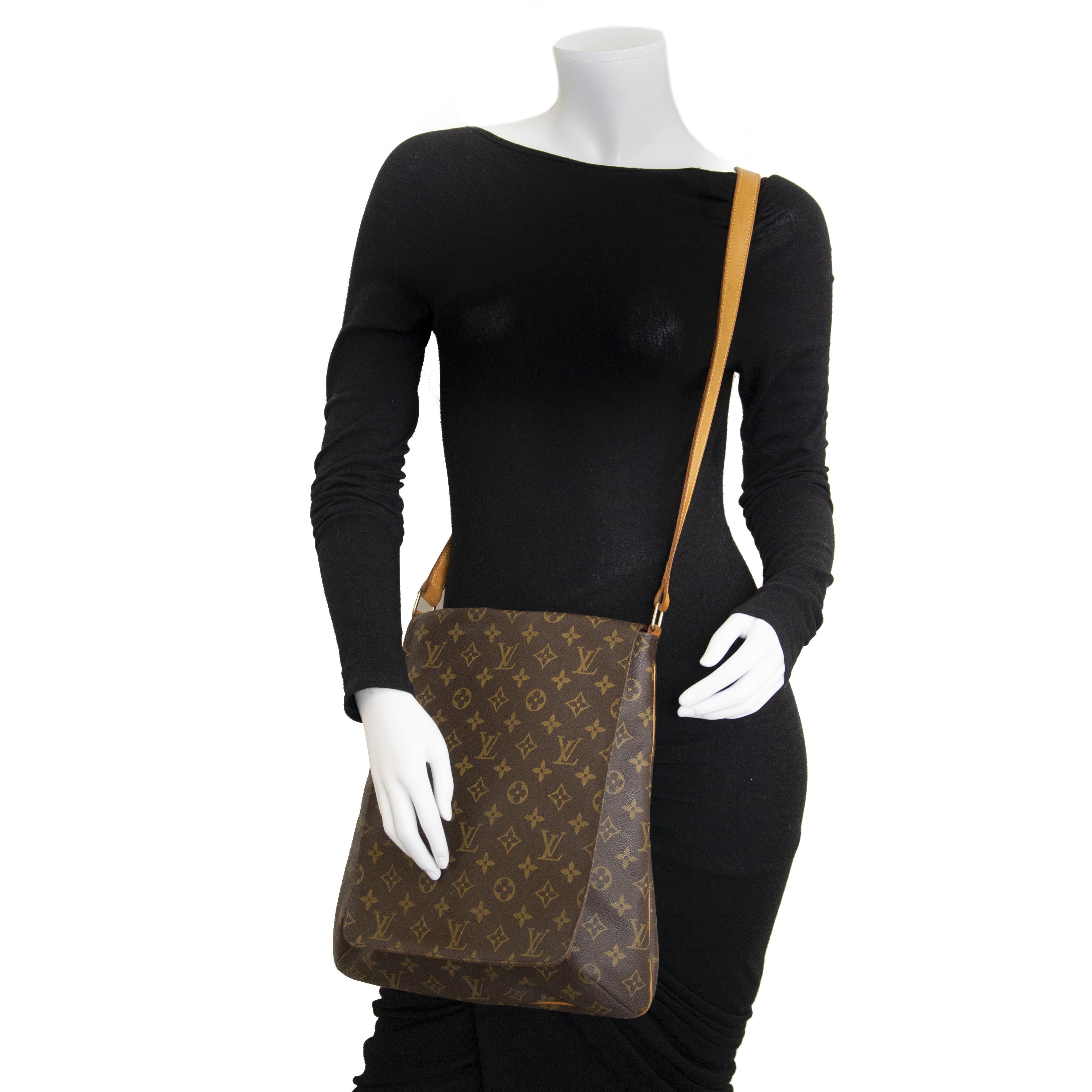 Labellov Buy safe Delvaux designer vintage online. Vind tweedehands ... 8f958a8d0a0