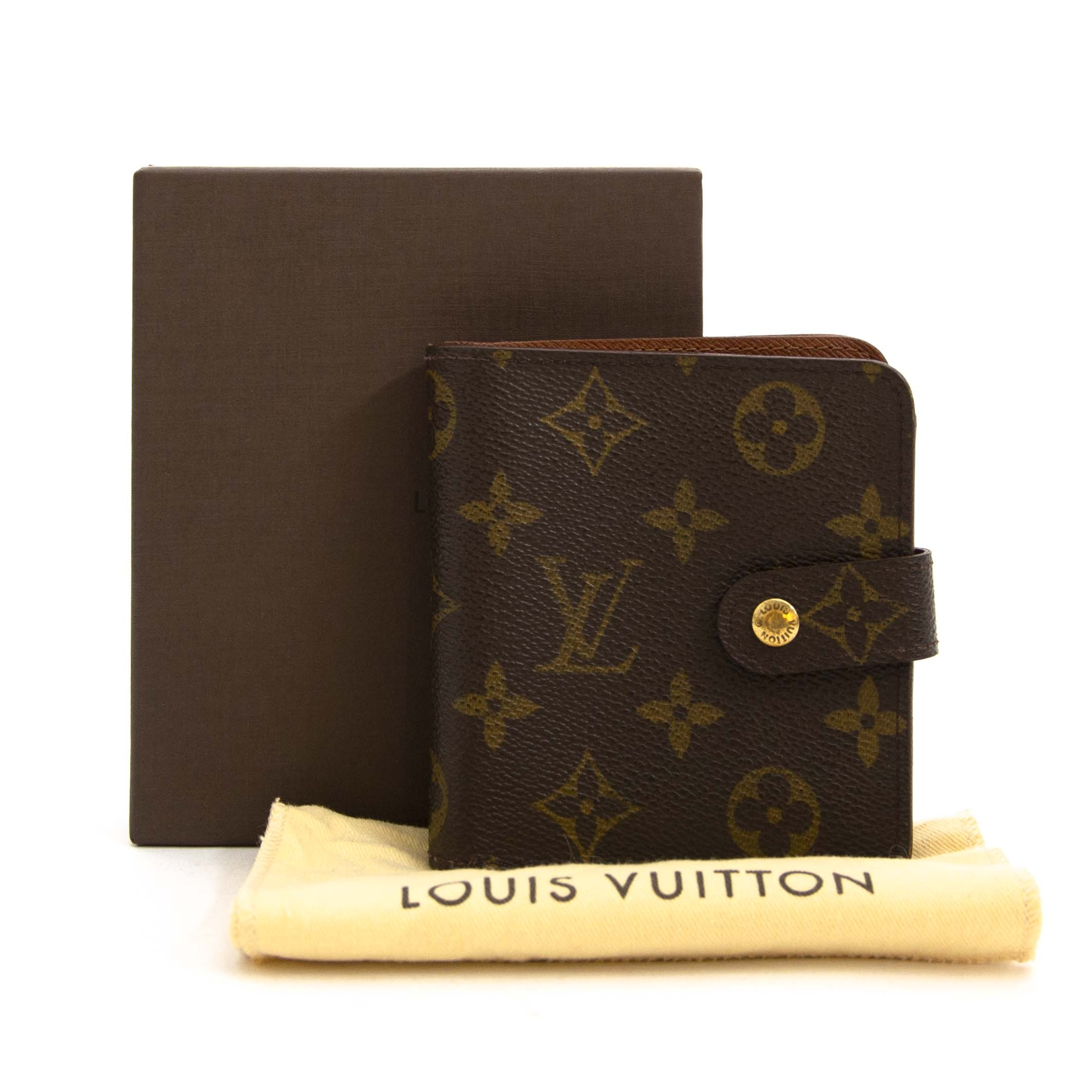 607f956dda2 Labellov Louis Vuitton Monogram Compact Zip Wallet ○ Buy and Sell Authentic  Luxury