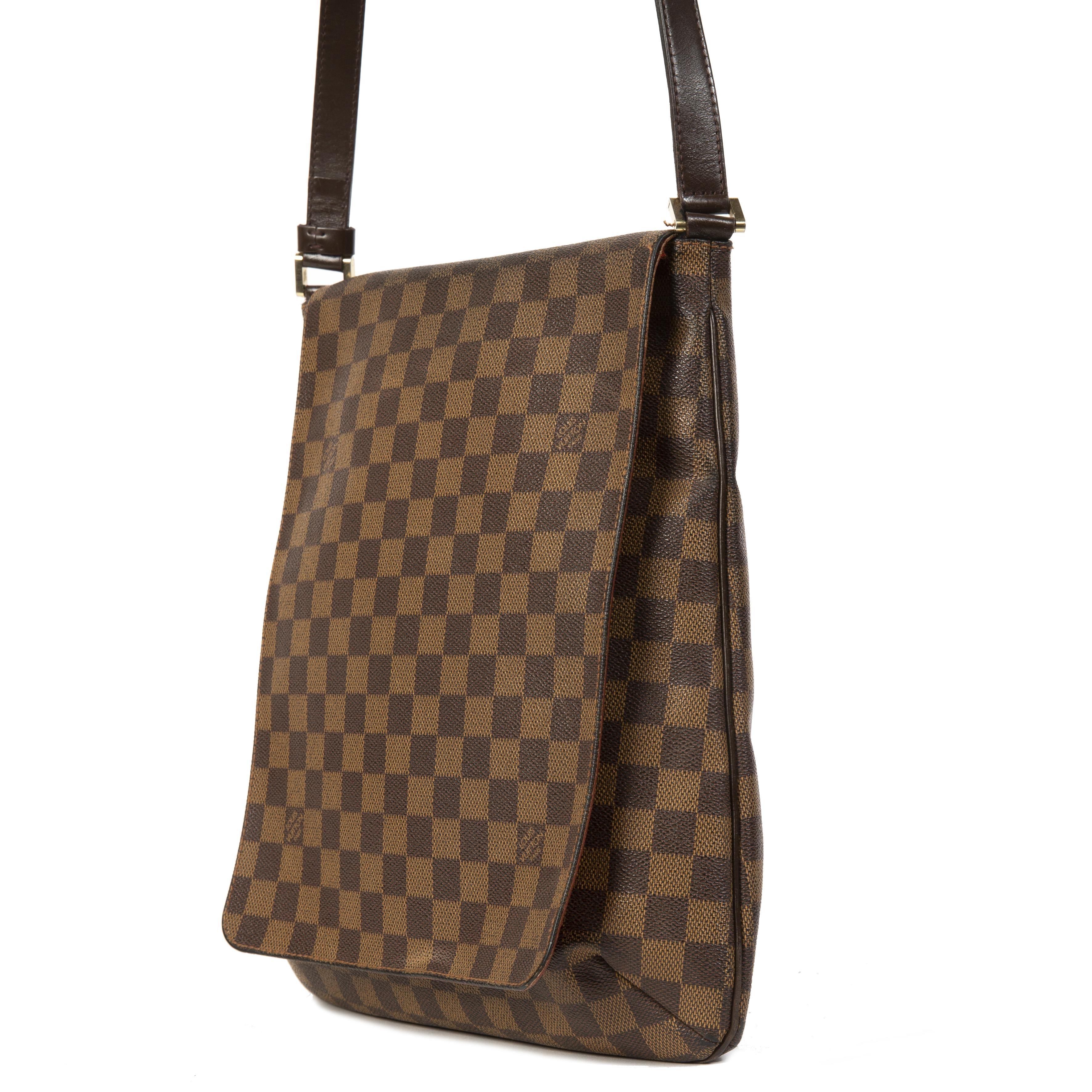 e171ce958 ... pour le meilleur prix Louis Vuitton Damier Ebene Musette Salsa Bag