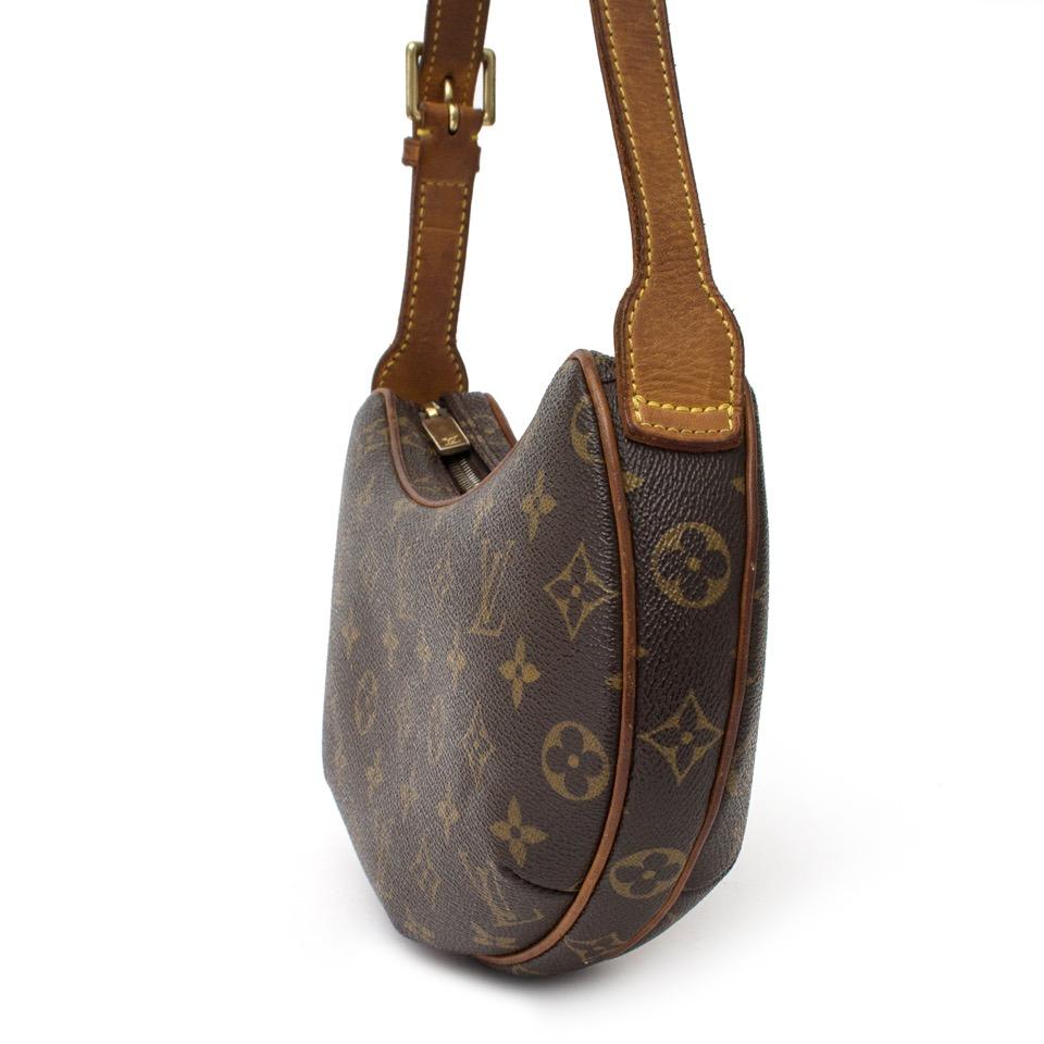 ... vintage Authentieke Delvaux voor de juiste prijs bij LabelLOV vintage  webshop. Louis Vuitton Croissant Veilig online 274cbe468e3