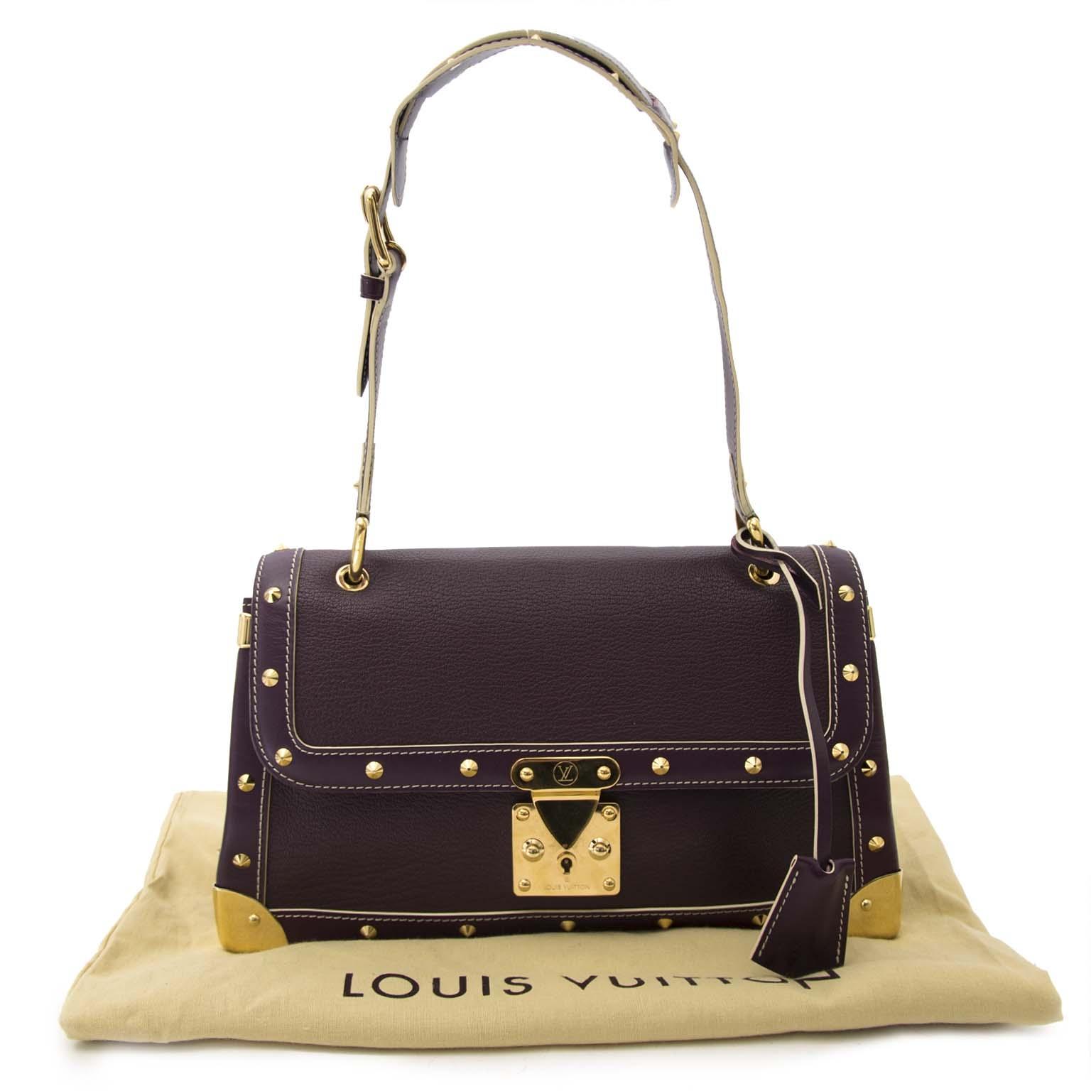 Louis Vuitton Yellow Vernis Mini Bag Buy authentic designer Louis Vuitton secondhand bags at Labellov at the best price. Safe and secure shopping. Koop tweedehands authentieke Louis Vuitton tassen bij designer webwinkel labellov.