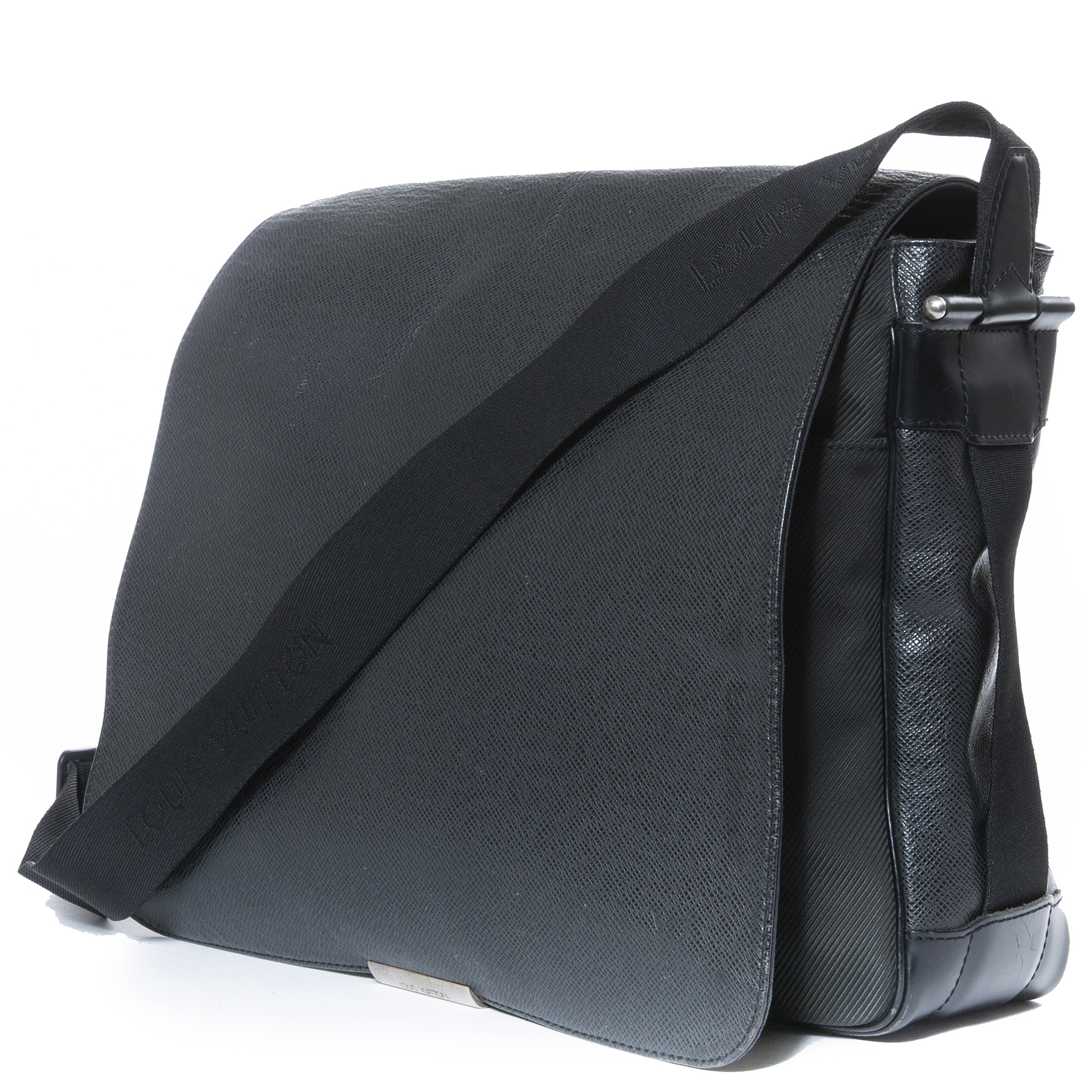Louis Vuitton Ardoise Taiga Leather Viktor Messenger Bag