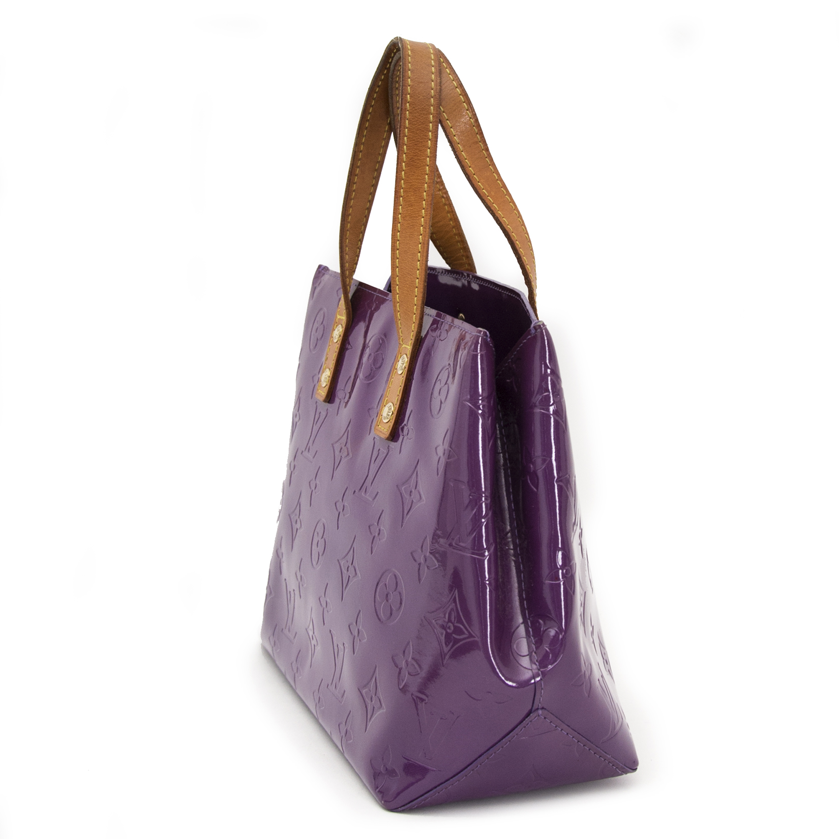 looking for a secondhand Louis Vuitton Vernis Reade PM Violette Top Handle Bag