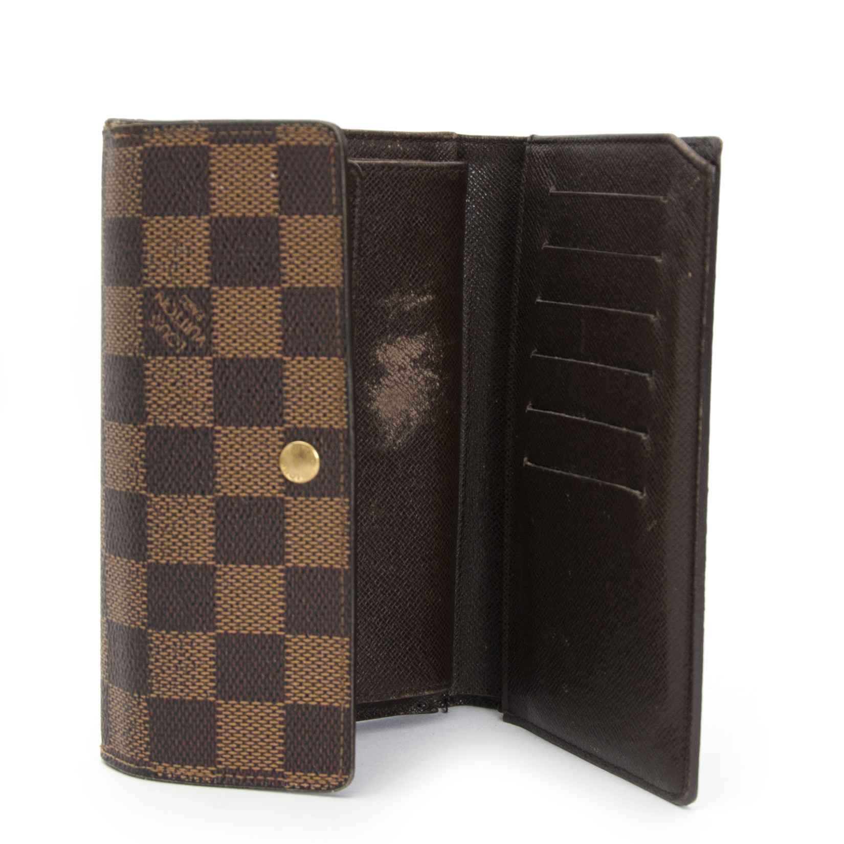 looking for a secondhand Louis Vuitton Damier Ebene Wallet