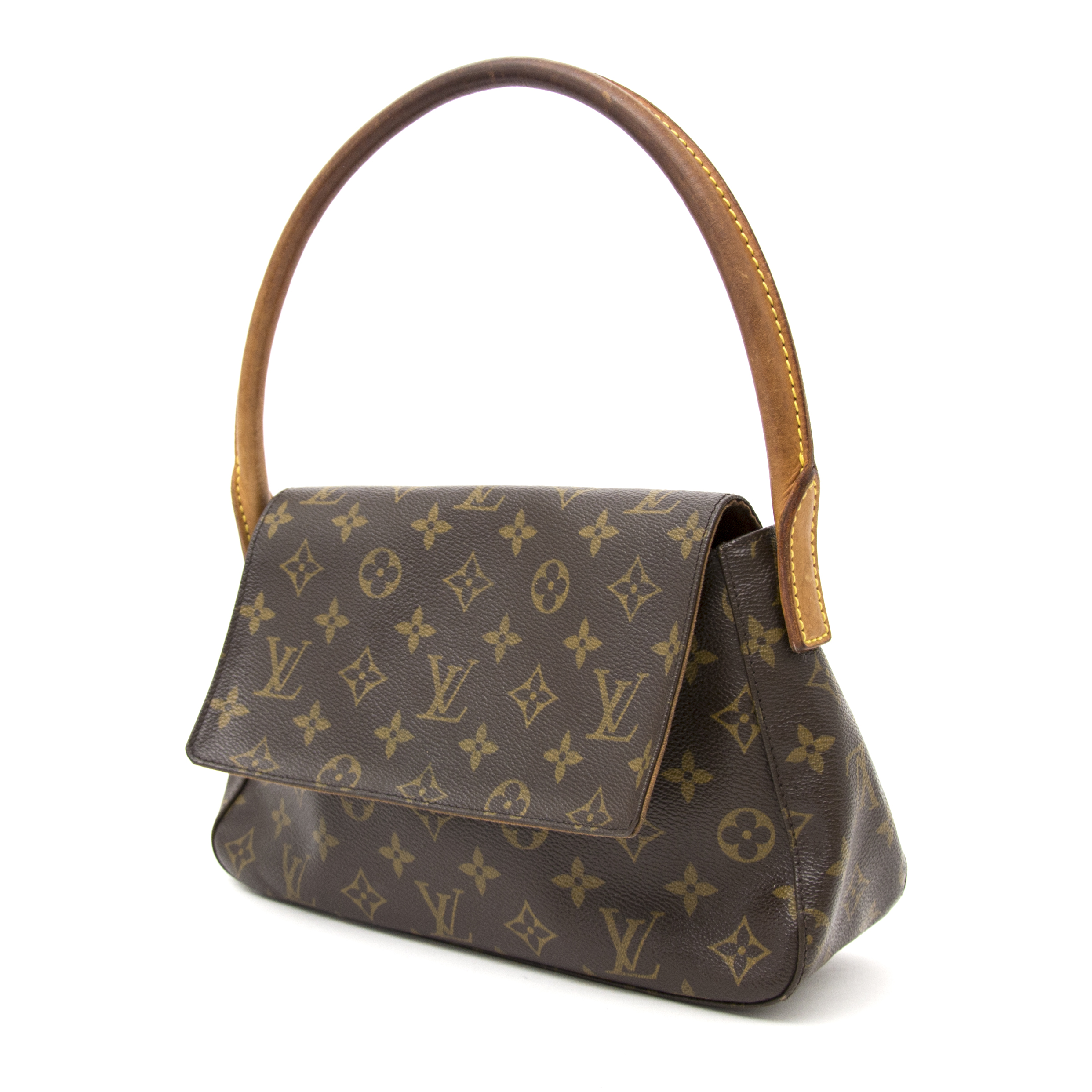 1b72bc5d03f5 Safe and secure Vintage Louis Vuitton Monogram Looping Bag for the best  price at Labellov webshop. Safe and