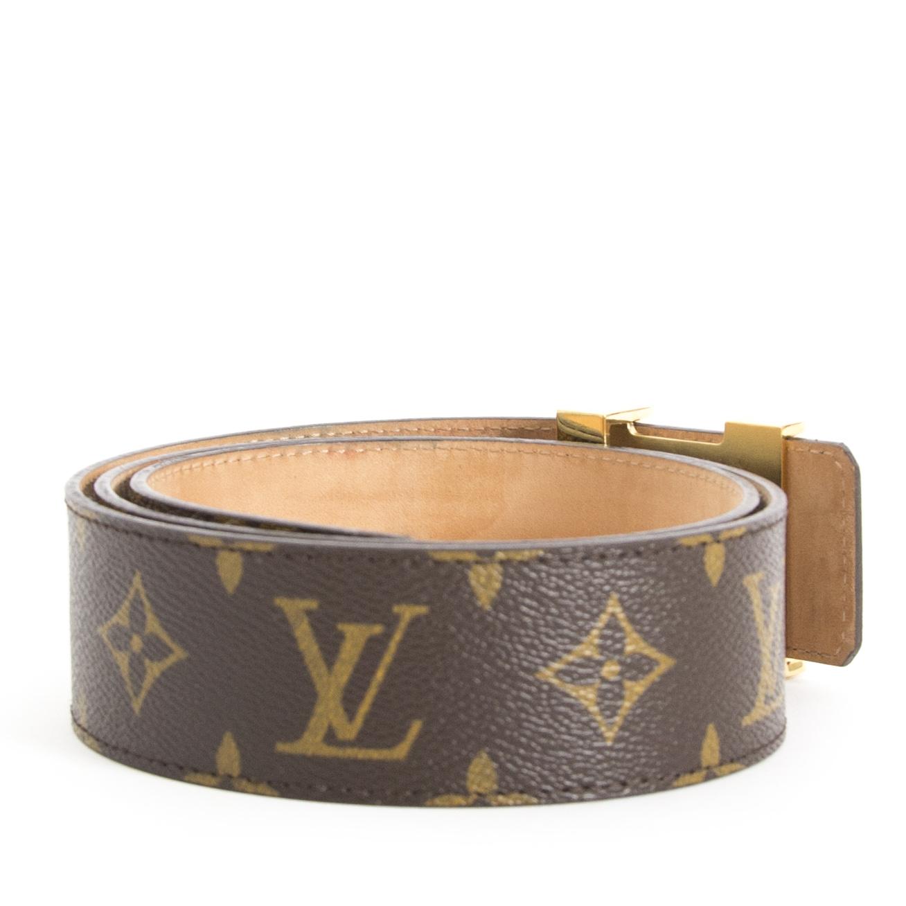 Bent u op zoek naar een authentieke Louis Vuitton Monogram Gold Belt?