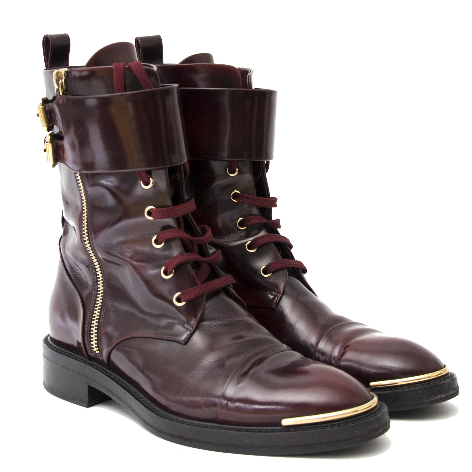 acheter en ligne pour le meilleur prix Louis Vuitton Bordeaux Calf Leather Diplomacy Ranger Boots - Size 38,5