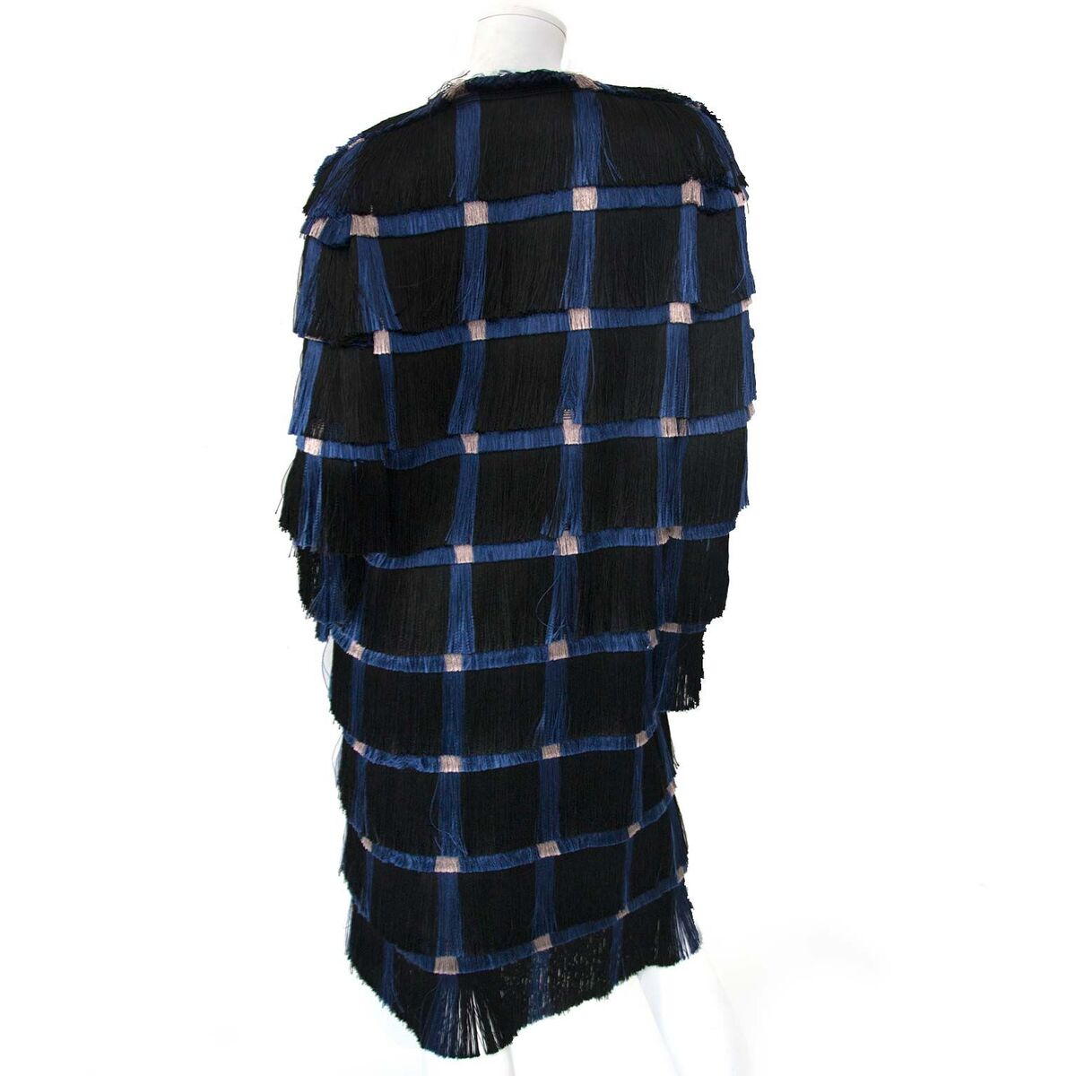 Koop authentieke tweedehands Marco de Vincenzo jassen aan een eerlijke prijs bij LabelLOV. Veilig online shoppen.