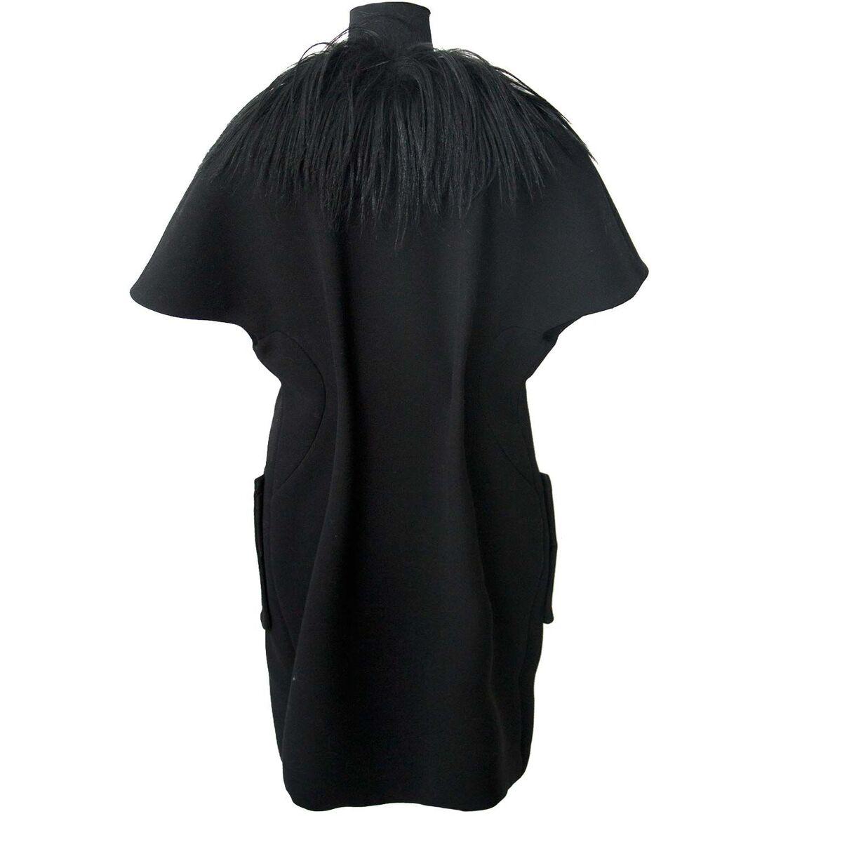 Koop authentieke tweedehands Marni zwart bontkraag aan een eerlijke prijs bij LabelLOV. Veilig online shoppen.