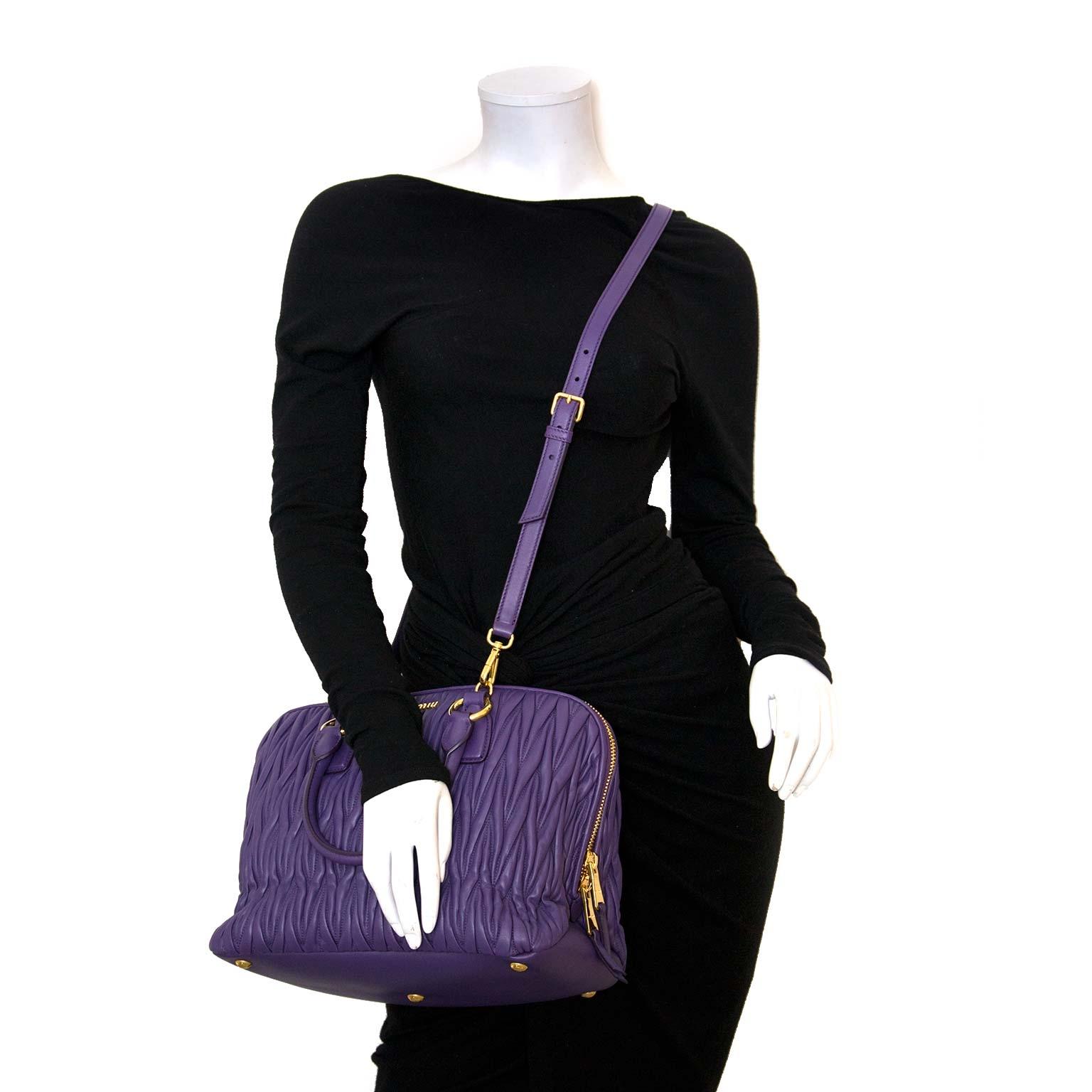 d261c4f4ec27 Labellov Shop safe online  authentic vintage Chloe bags and ...