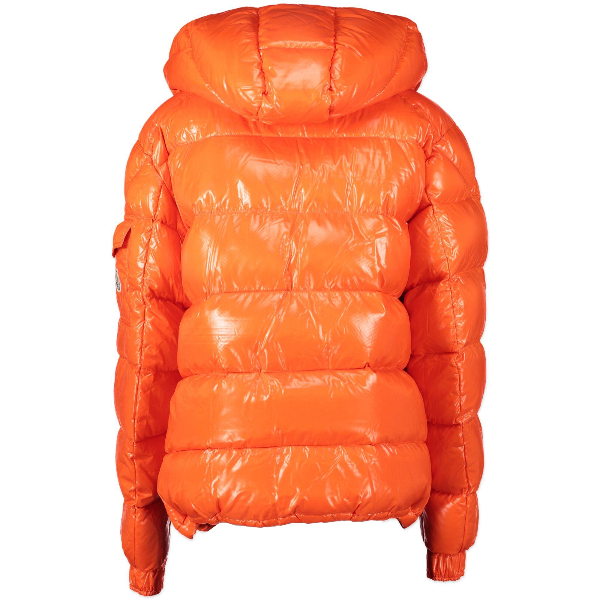 Moncler Orange Puffer Jacket - Size 2 - pour le meilleur prix chez Labellov