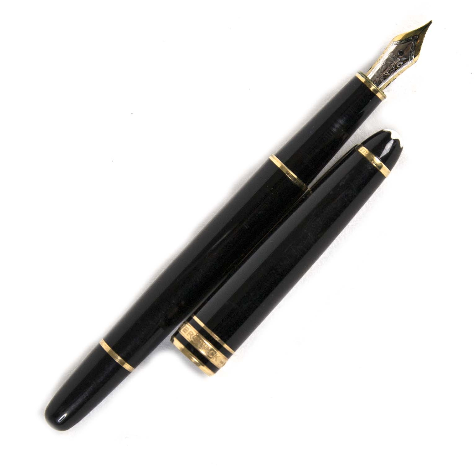 montblanc meiserstuck black fountain pen now for sale at labellov vintage fashion webshop belgium