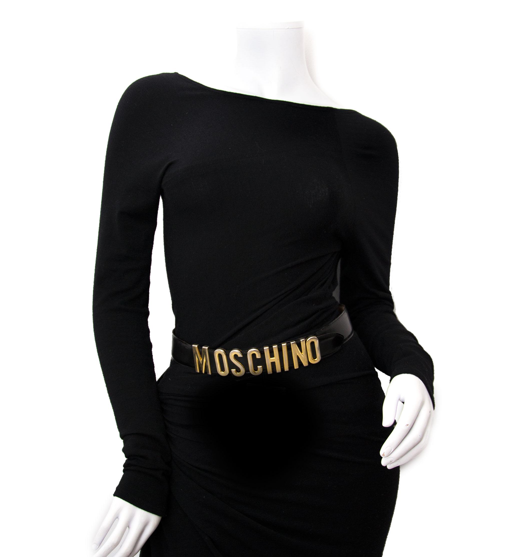 Kopo en verkoop uw moschino lederen riem bij labellov.com tegen de beste prijs