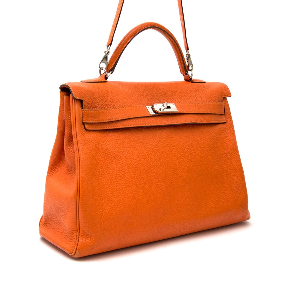 skip the waitinglist at the best price , worldwide shipping Hermes Kelly 40 Togo Orange PHW