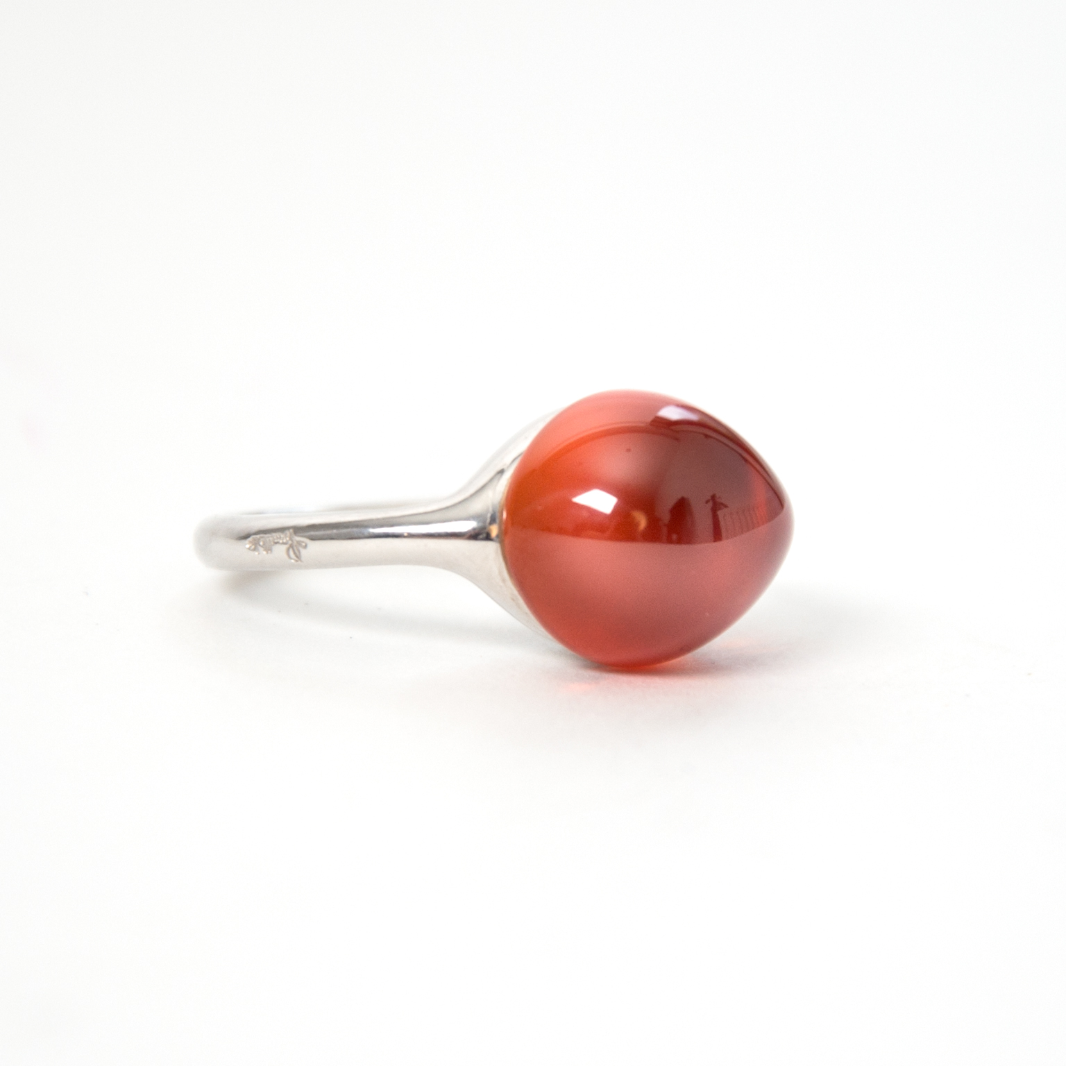 Pomellato Ring rouge passion orange sapphire now online at labellov.com for the best price