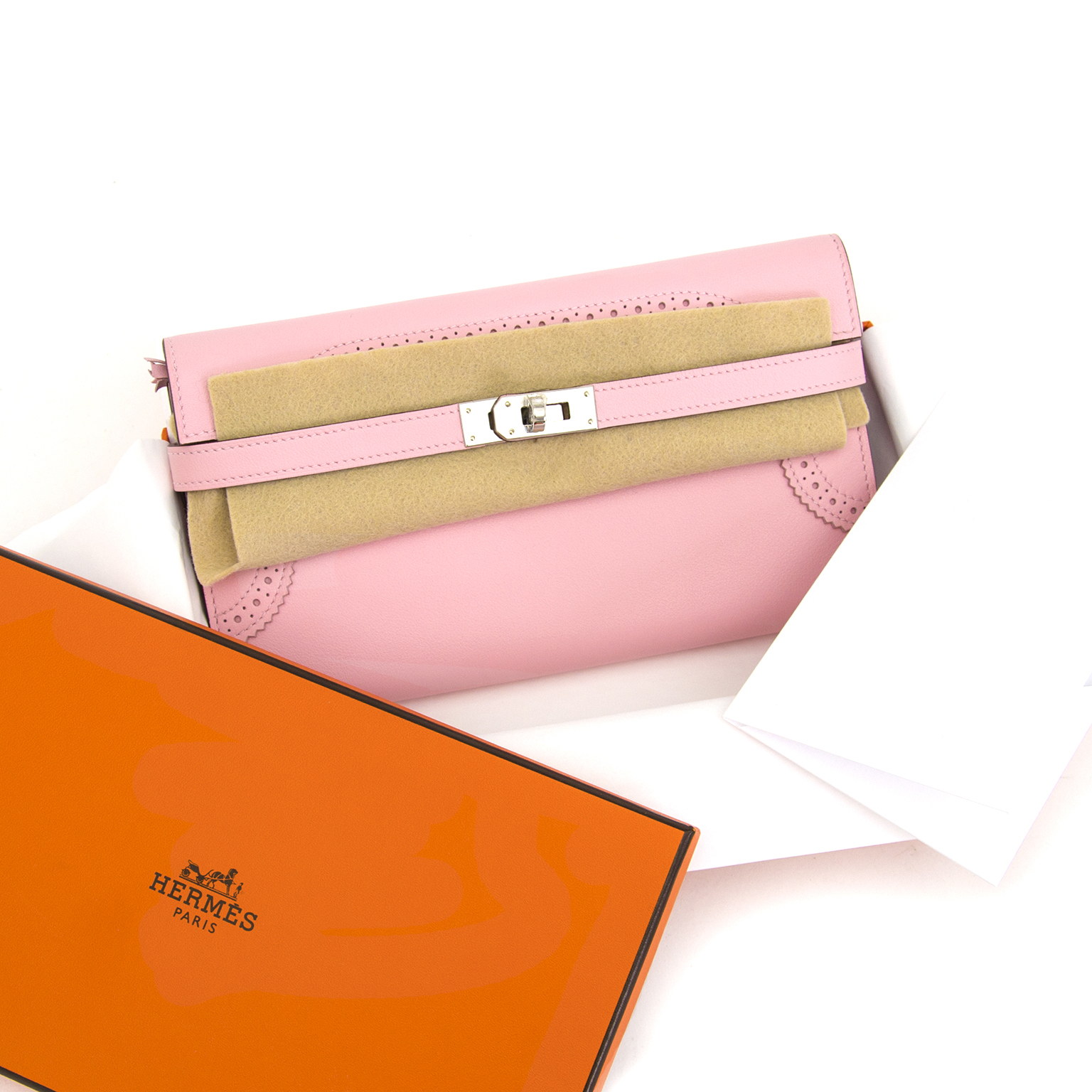 shop your designer secondhand luxury Brand New Hermes Kelly Wallet Rose Classique Ghillies Veau Swift