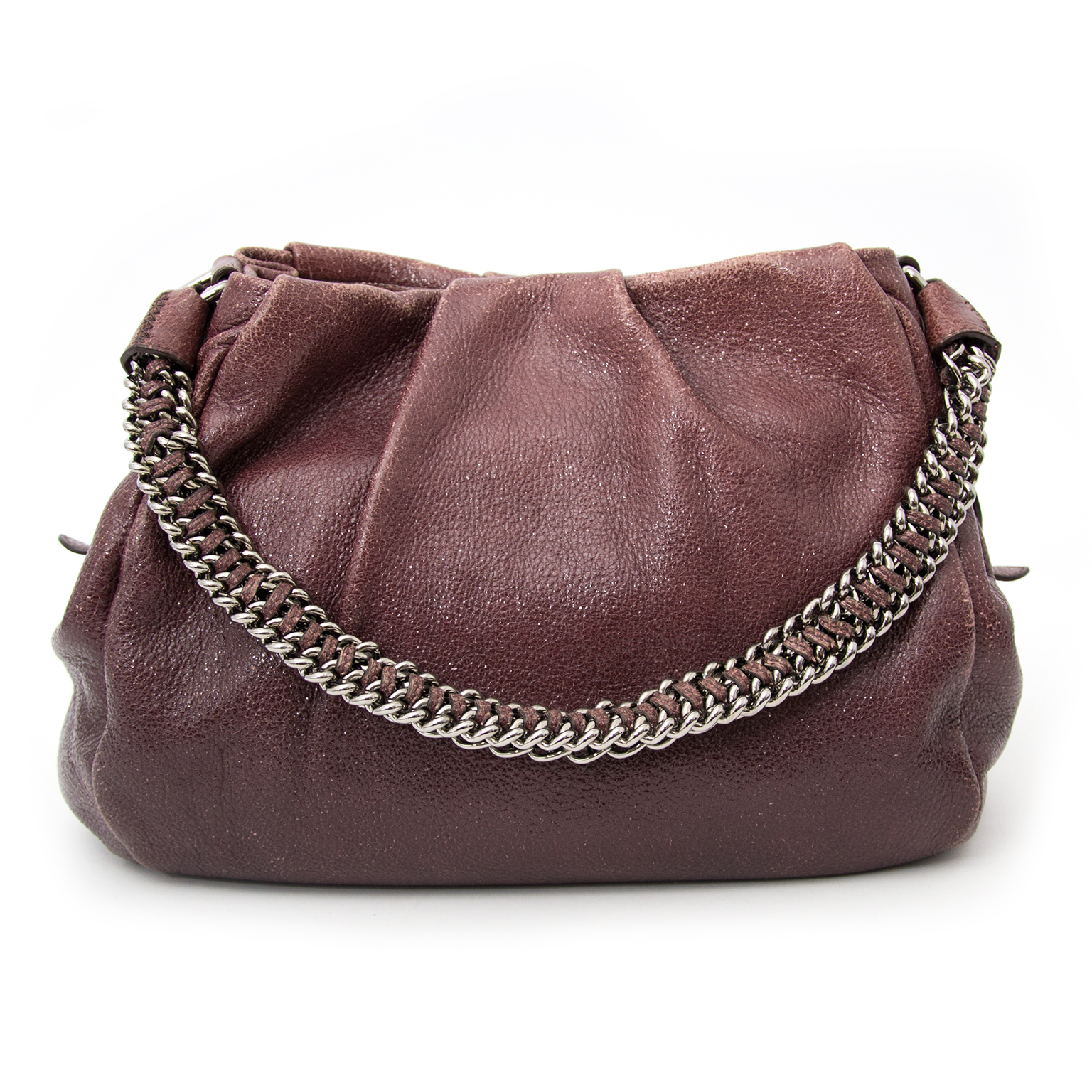 The prada Aubergine Shopper Bag now available in the showroom in Antwerp at the best price.