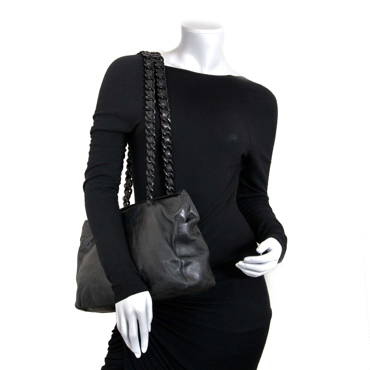 Prada Black Leather Shoulder Bag for sale at labellov for the best price