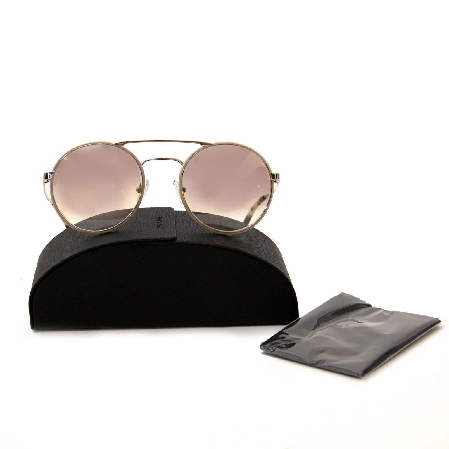acheter en ligne chez labellov.com Prada Double Bridge Metal ronde lunettes au soleil