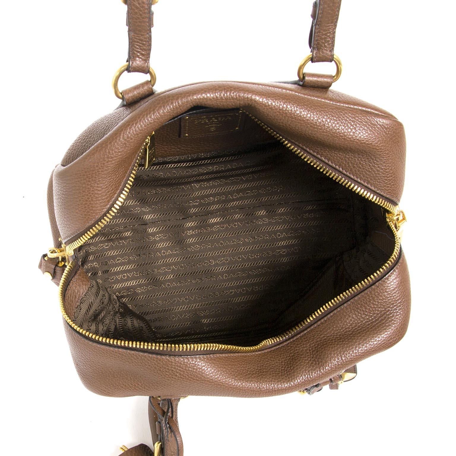 9fb111234a39 Labellov Buy authentic vintagePrada designer bags, shoes, clothes ...