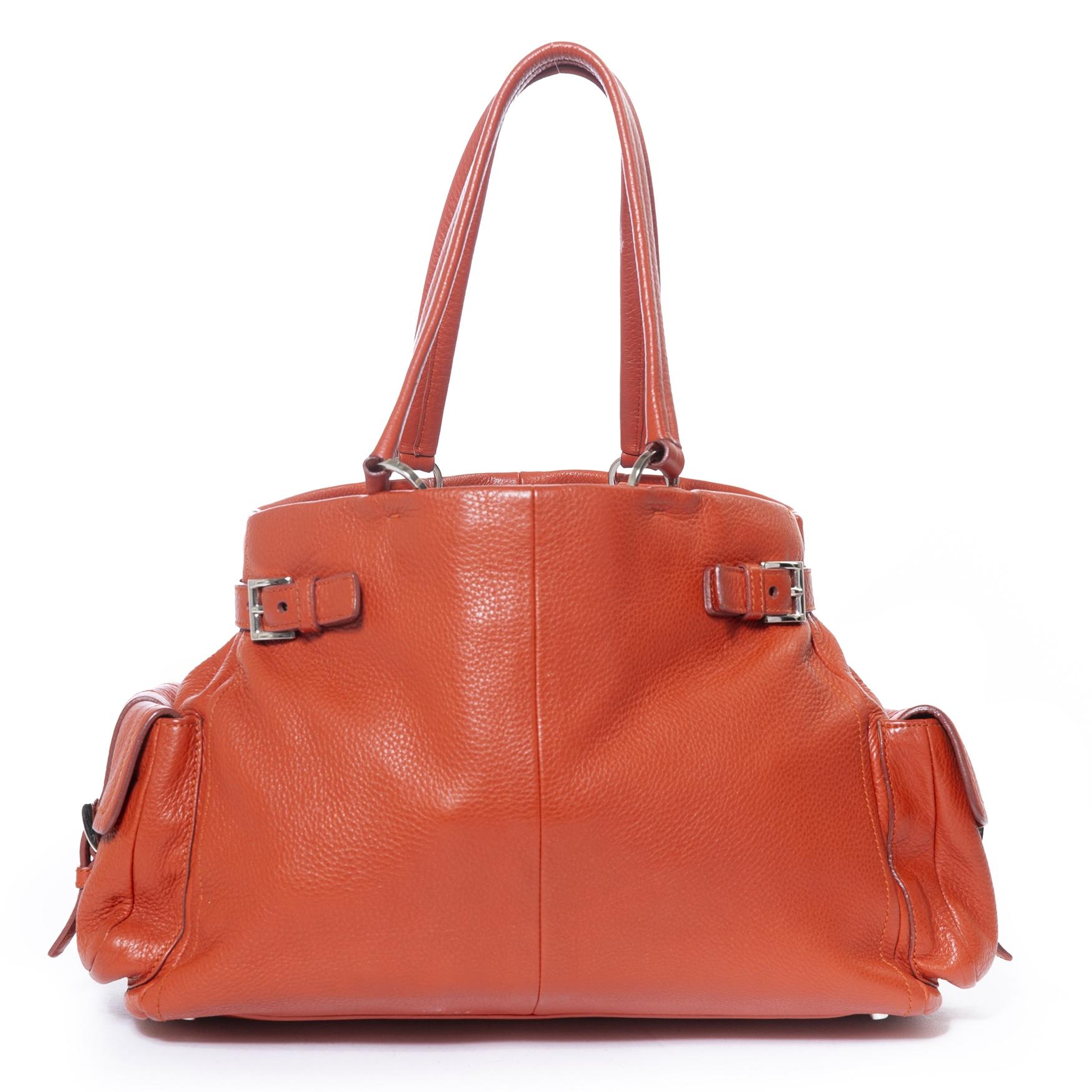 achetez Prada Orange Tote Bag  chez labellov pour le meilleur prix
