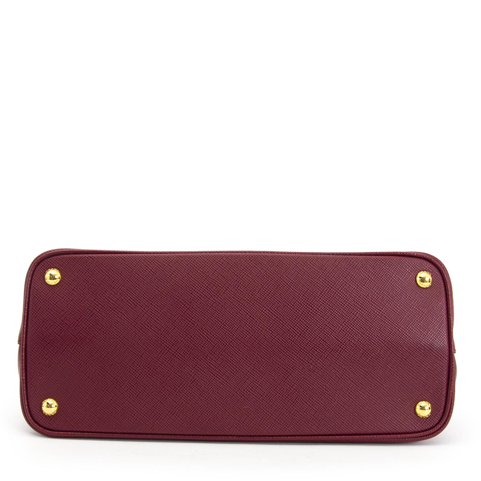 acheter en ligne pour le meilleur prix  Prada Bordeaux Double Saffiano Leather Tote