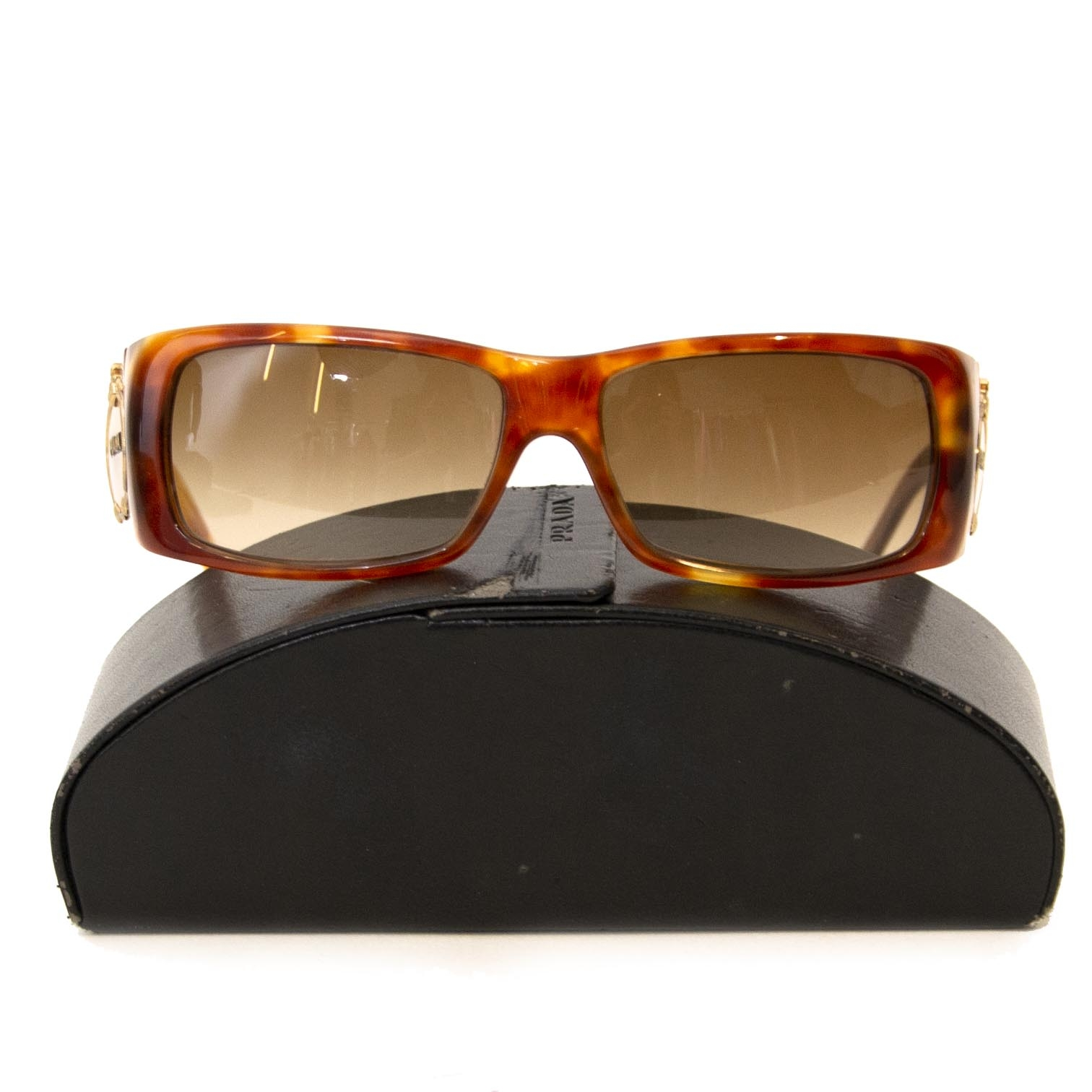 Koop en verkoop uw authentieke Prada Brown Rectangle Sunglasses
