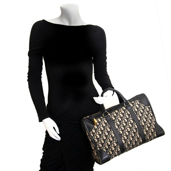 Acheter en ligne seconde main Dior Monogram Bag.
