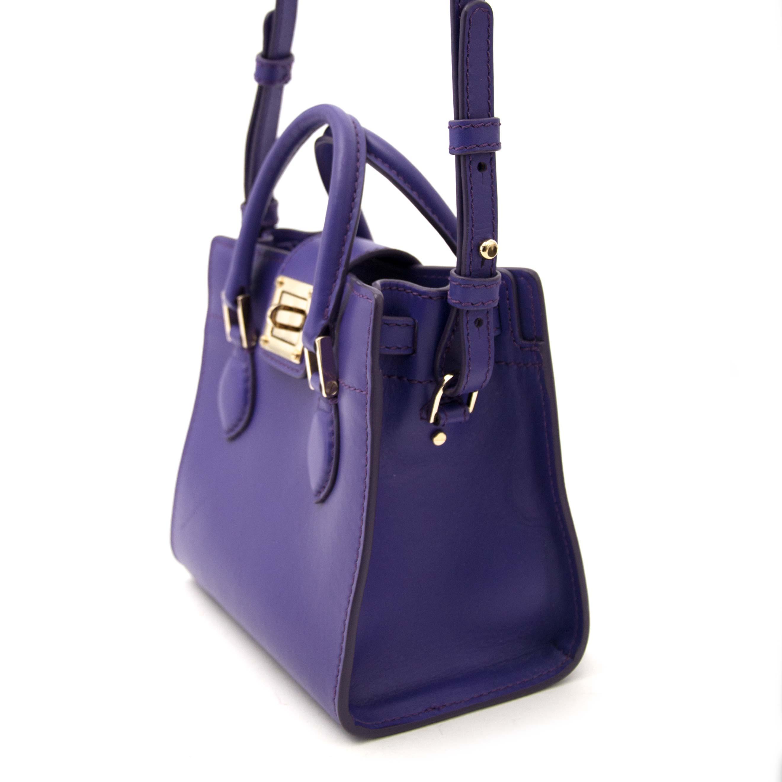 Acheter votre Roberto Cavalli Purple Box sac pour le meilleur prix chez Labellov