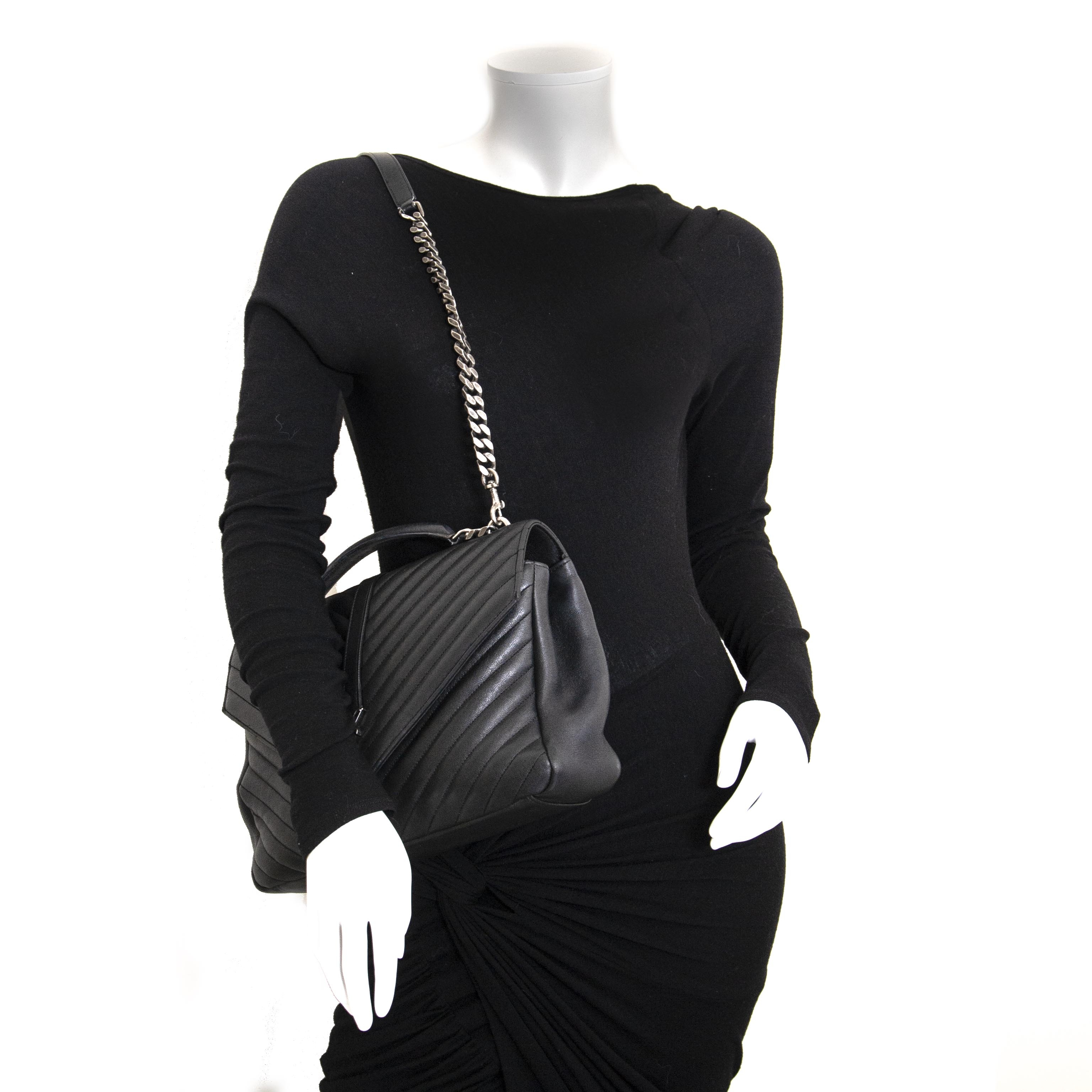3df5b07852e Labellov Shoulder - Bags ○ Buy and Sell Authentic Luxury