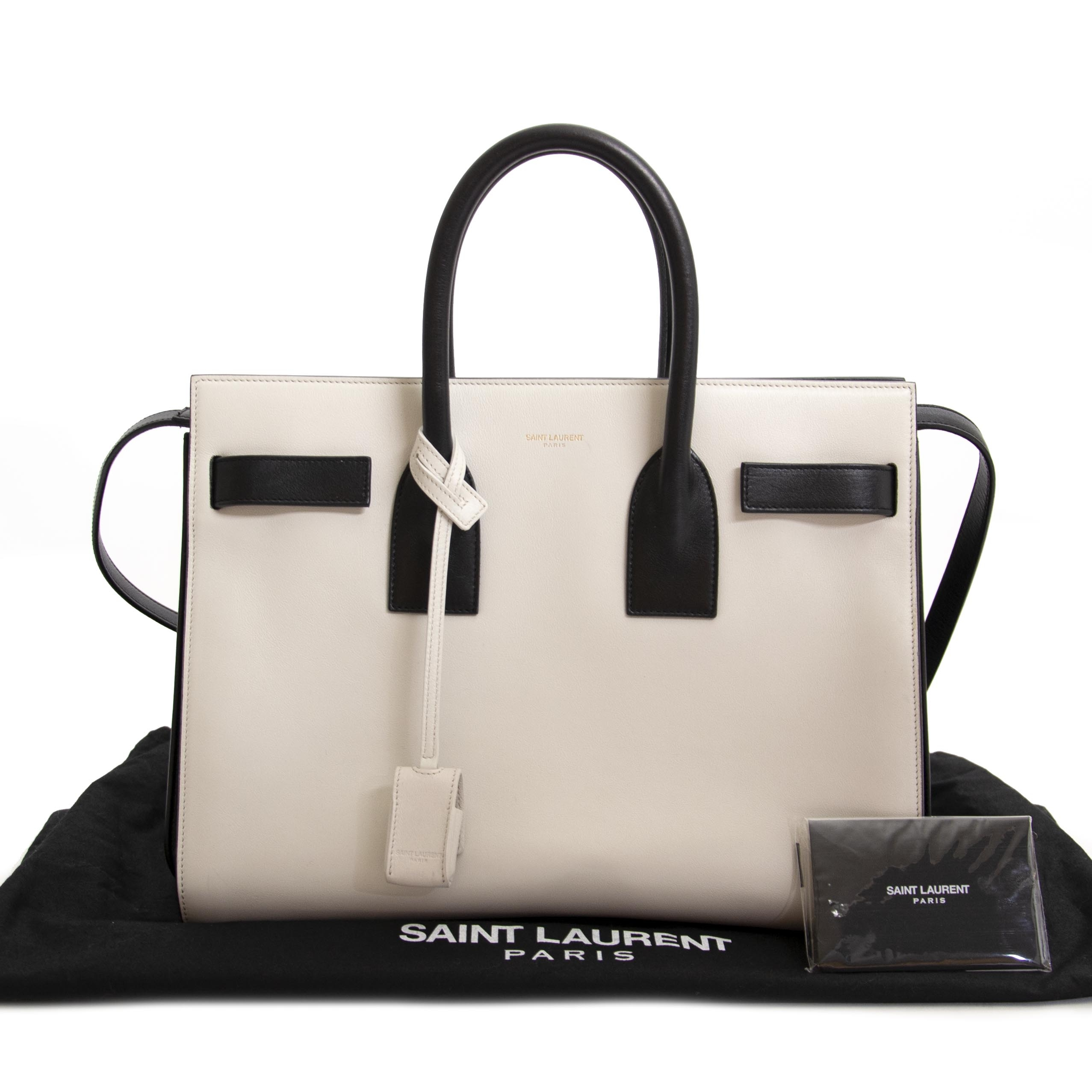 Saint Laurent Black/White Sac De Jour. For the best price at LabelLov. Pour le meilleur prix à LabelLOV. Voor de beste prijs bij LabelLOV.
