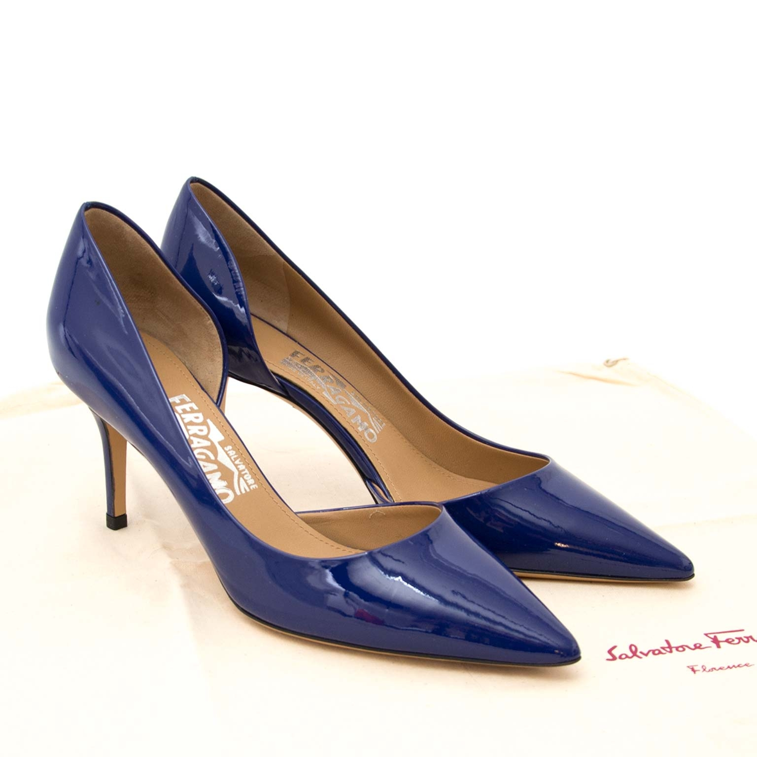 salvatore ferragamo blue patent pam glas pumps now for sale at labellov vintage fashion webshop belgium