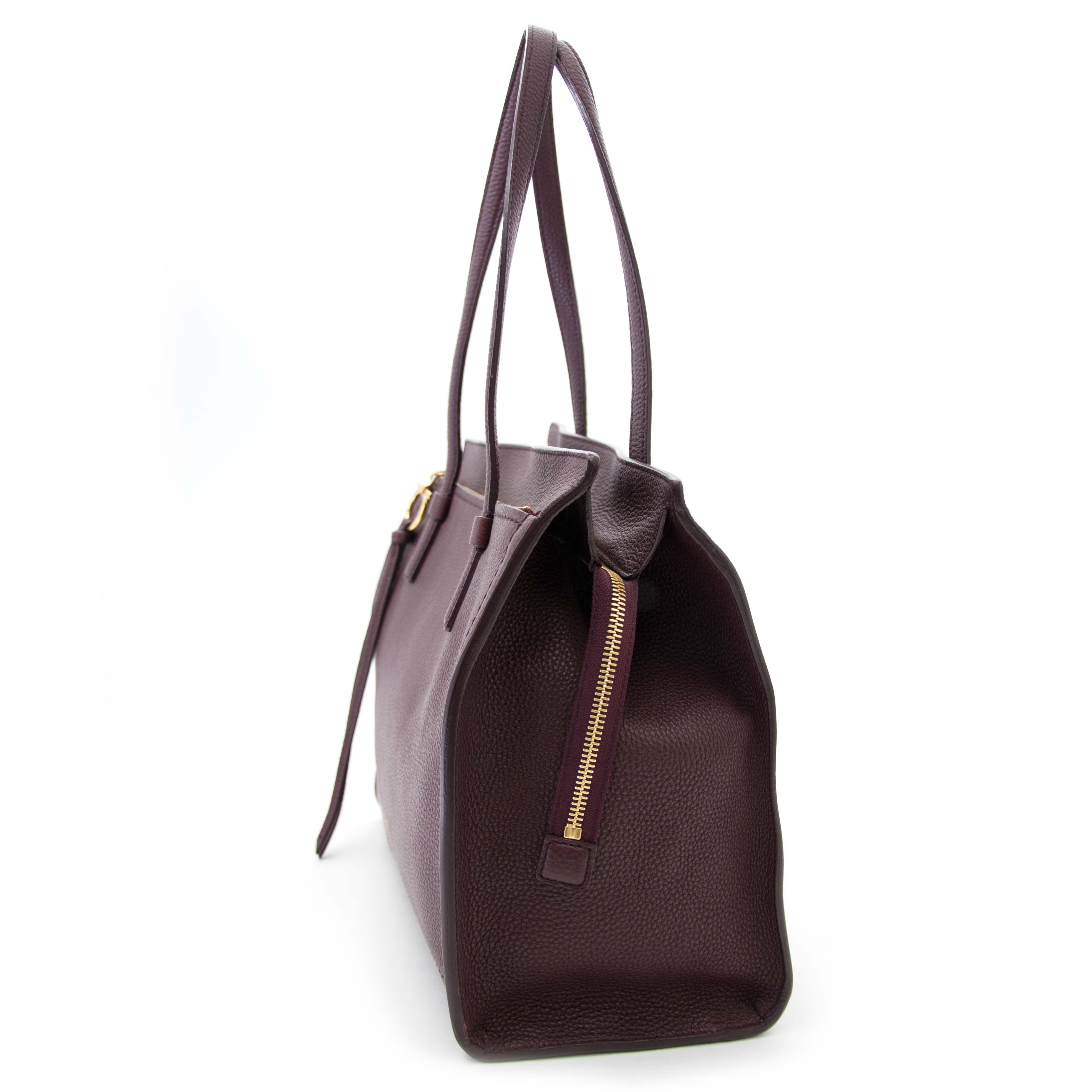 a72cbcc8fb06 ... op zoek naar een salvatore ferragamo tas  shop online bij labellov.com  tegen de
