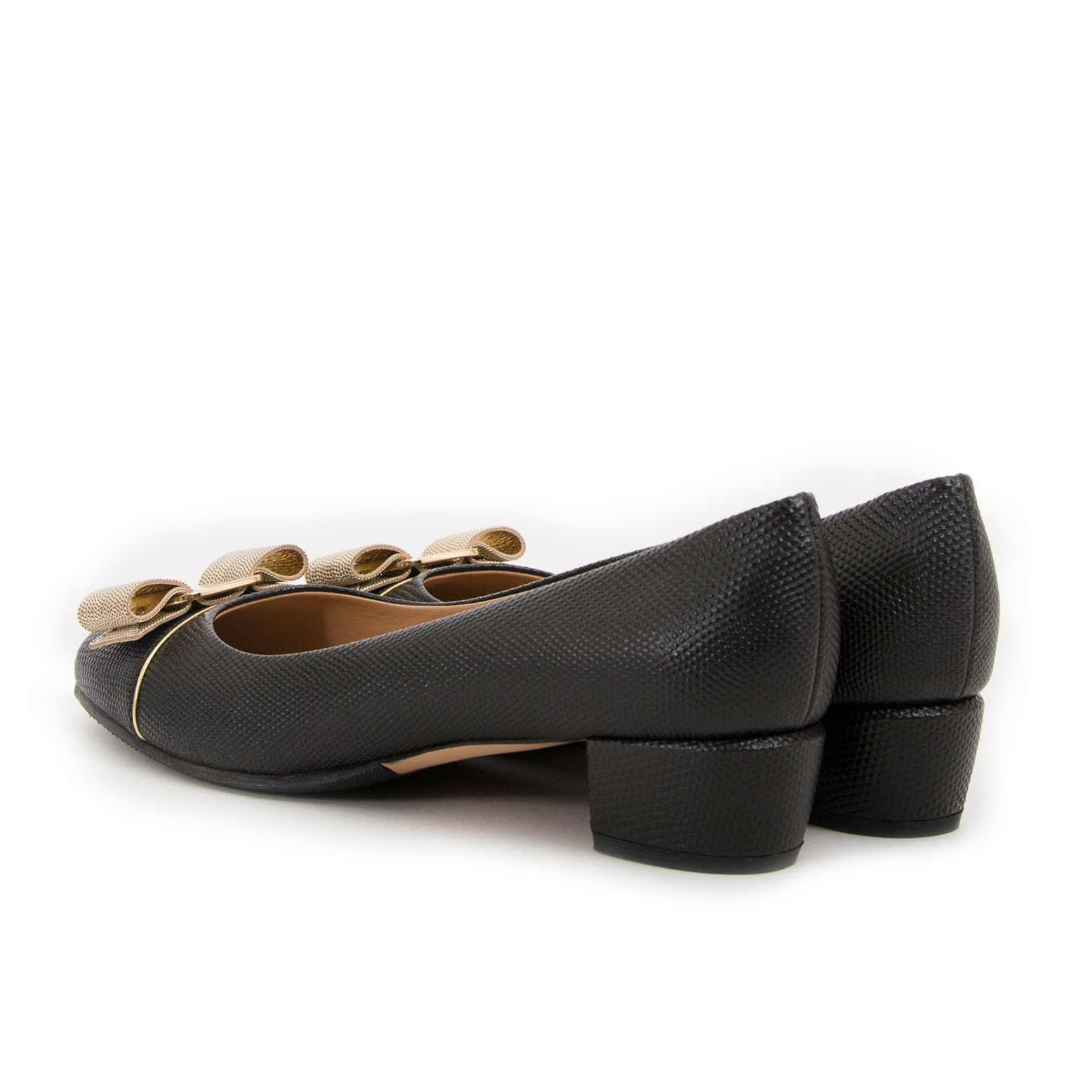 Salvatore Ferragamo Black Leather Block Heels - Size 37,5 now for sale at labellov vintage fashion webshop belgium