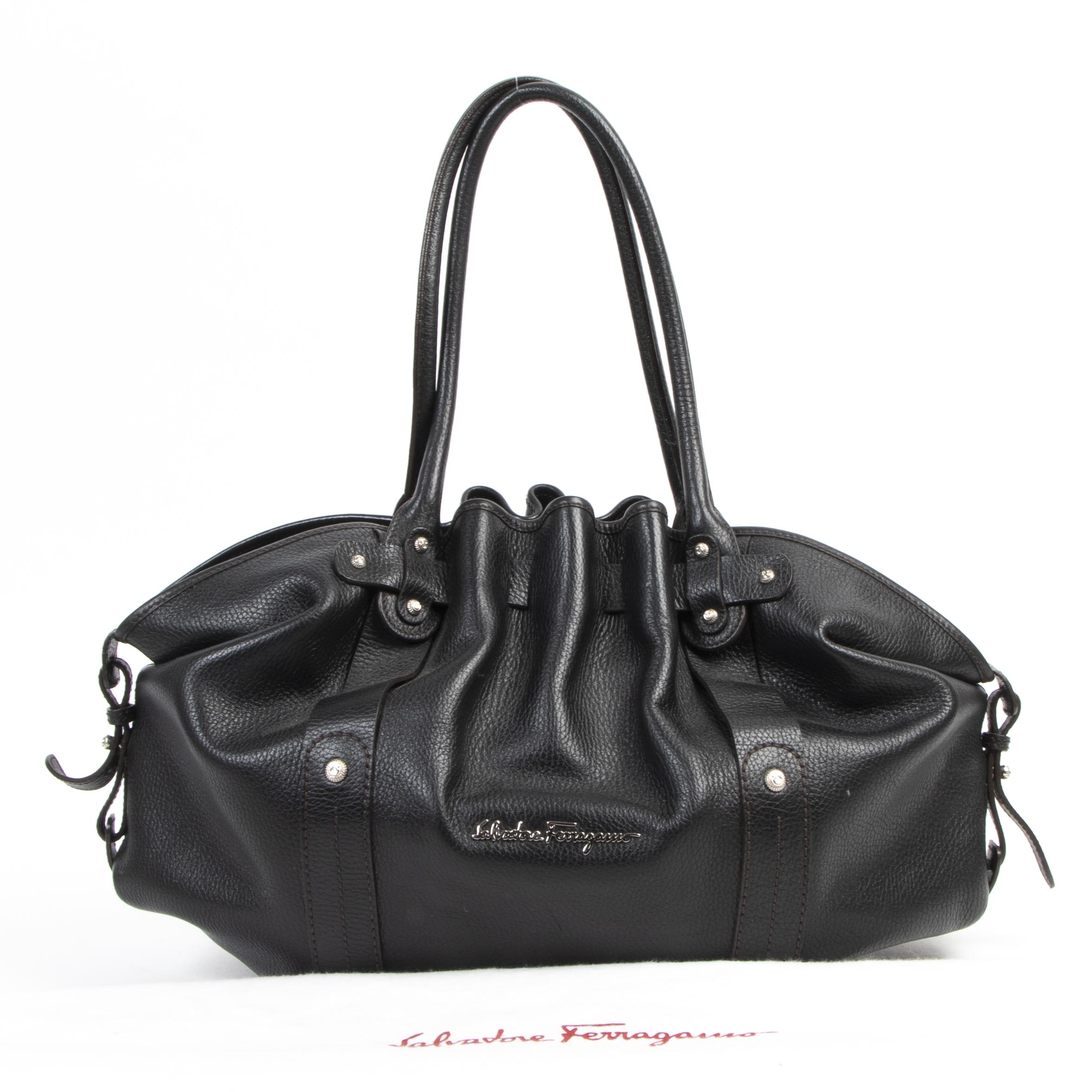 Salvatore Ferragamo Black Shoulder Bag te koop bij Labellov