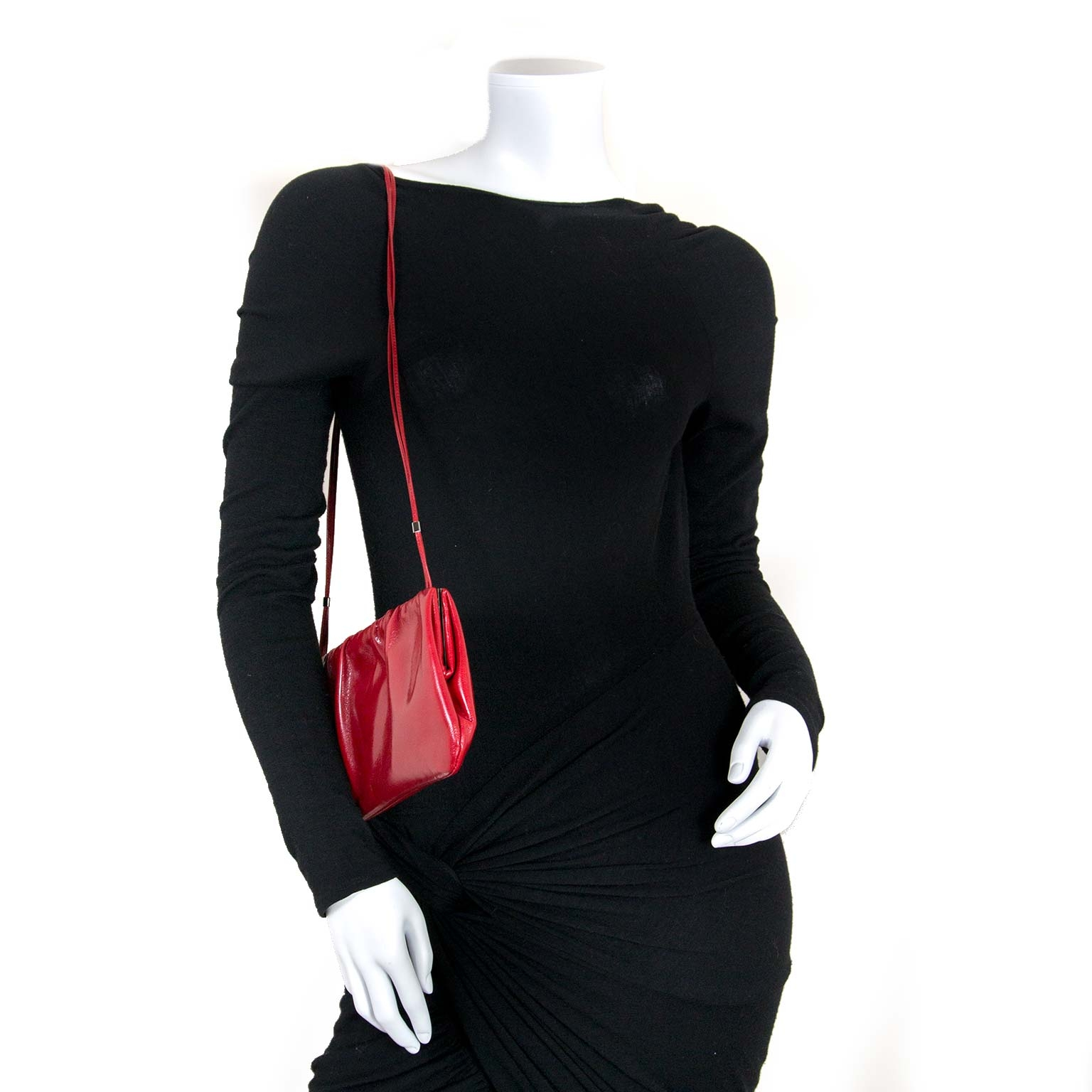 sergio rossi red evening bag now for sale at labellov vintage fashion webshop belgium