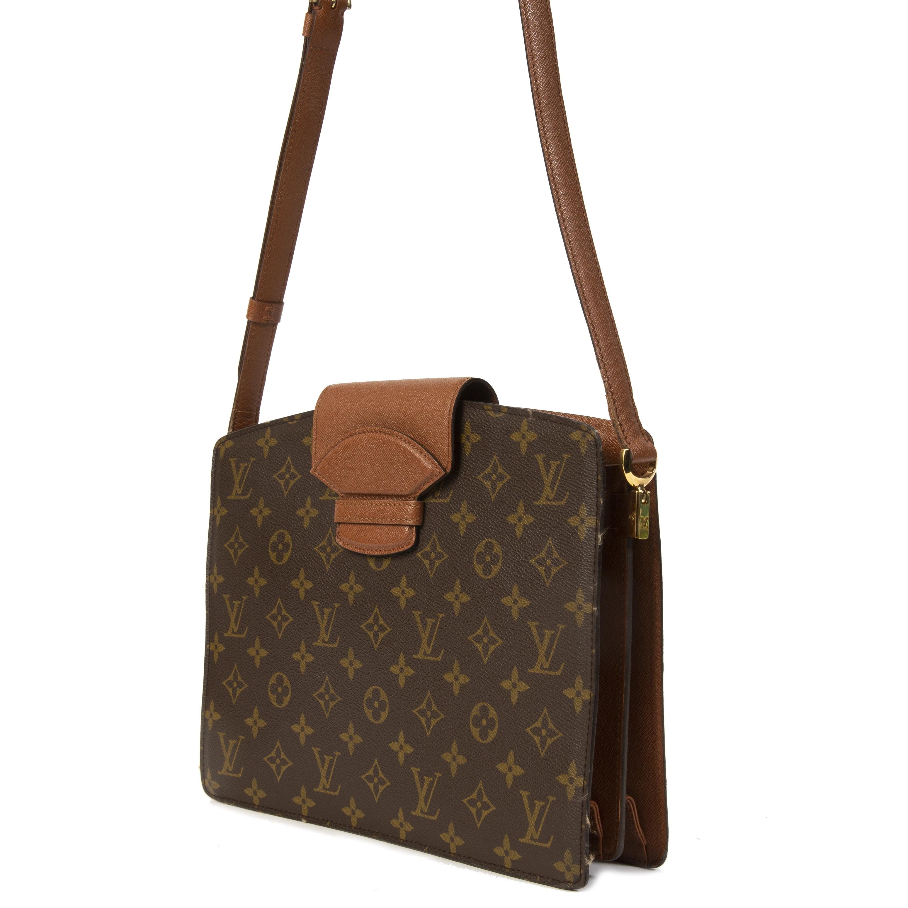 Louis Vuitton Monogram Courcelles Messenger Bag  veilig online kopen