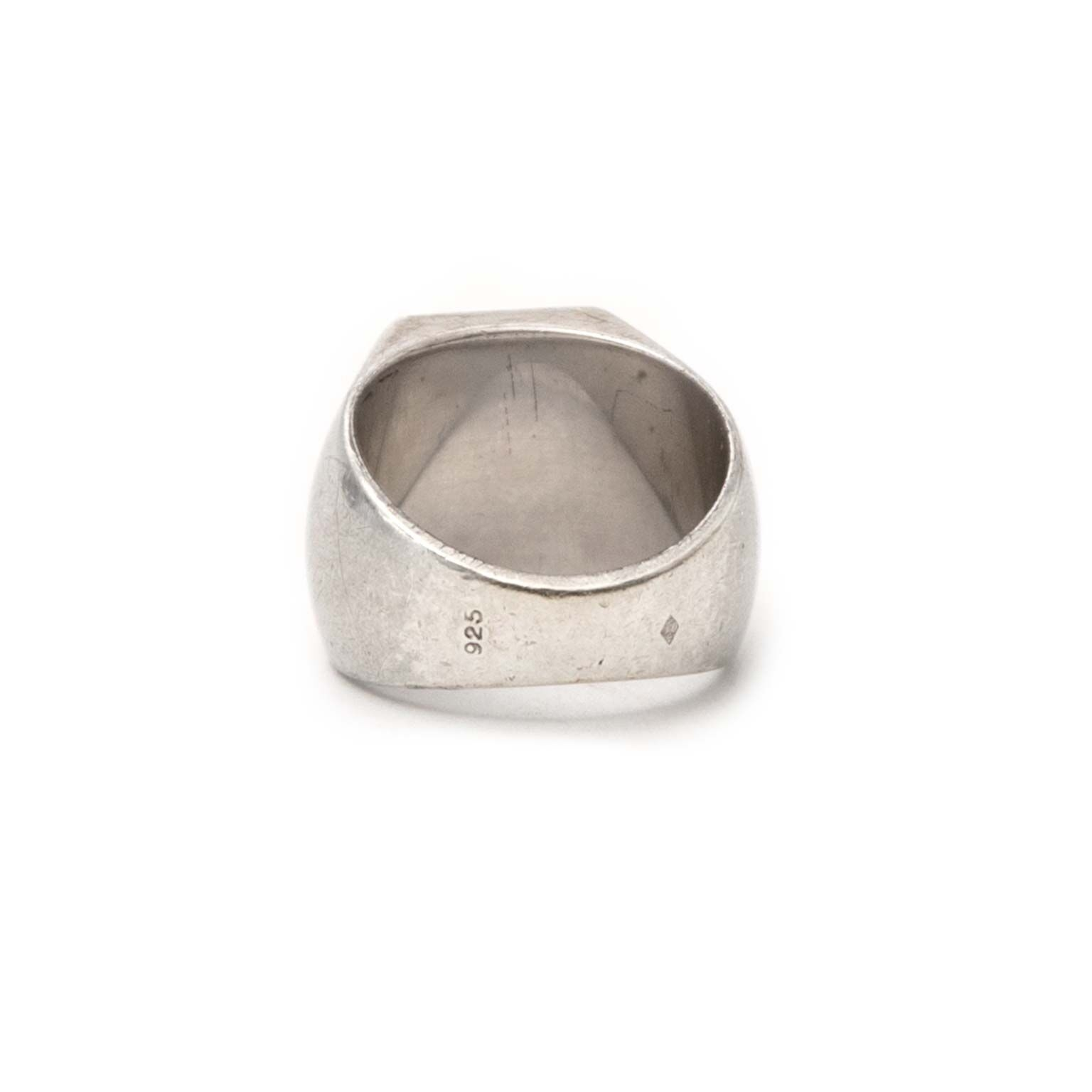 buy Louis Vuitton Silver Fleur Monogram Ring at labellov