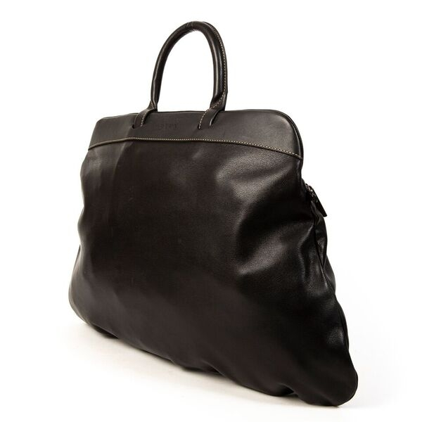 Buy authentic Delvaux top handle bag at the right price at LabelLOV vintage webshop.