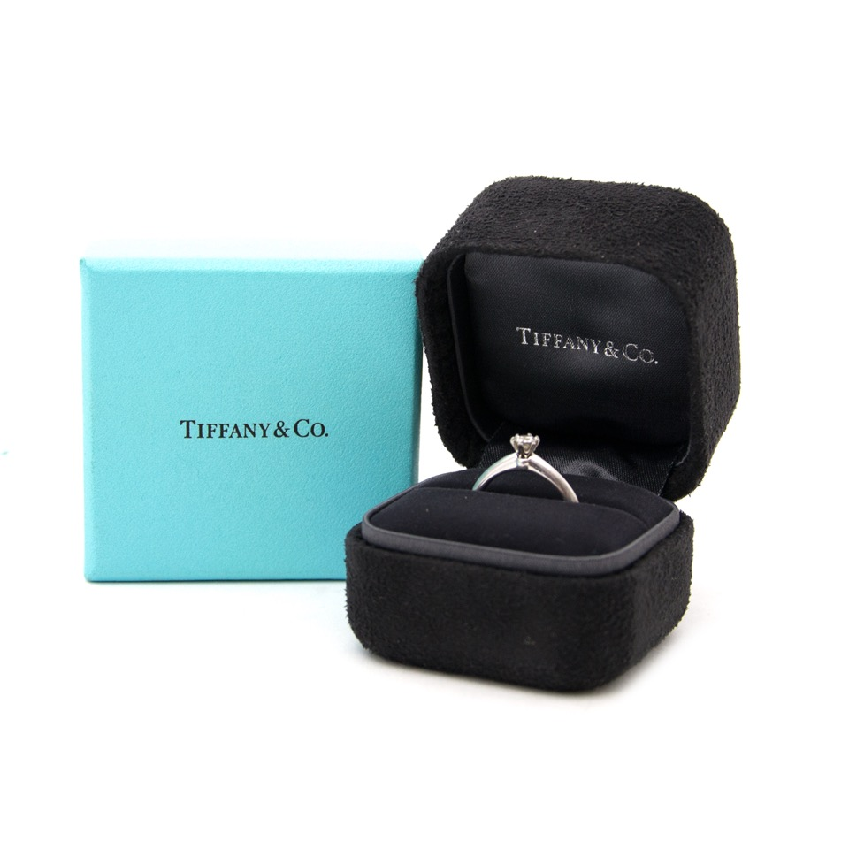 Looking for a Tiffany & Co Diamond Brilliant Ring?