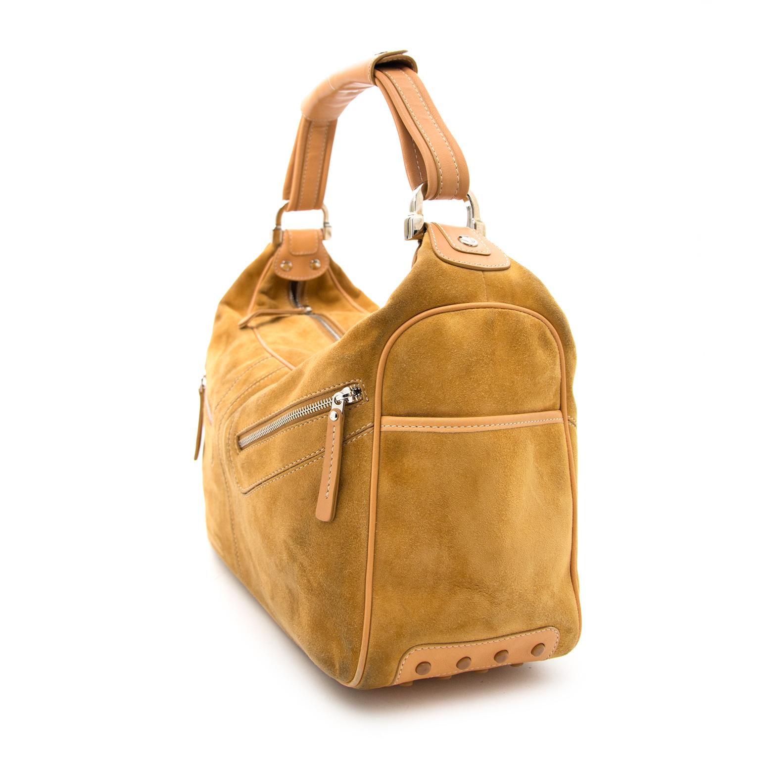 acheter en ligne pour le meilleur prix Tod's Suede Camel Handbag