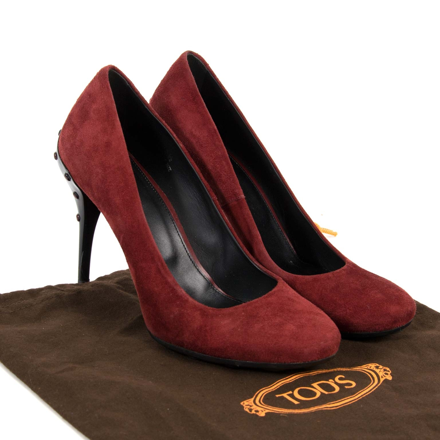 tods bordeaux suede pumps now for sale at labellov vintage fashion webshop belgium